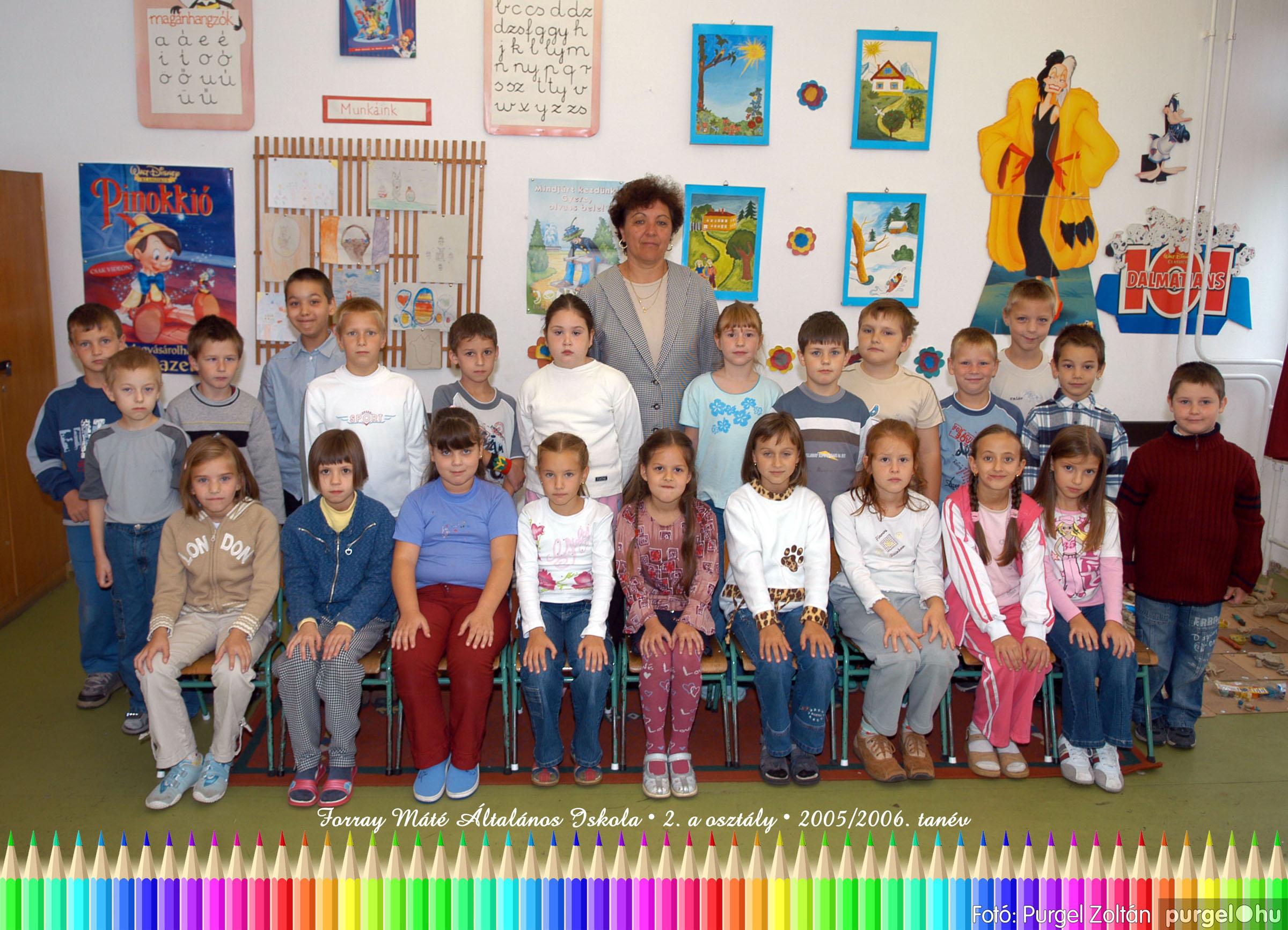 2005.09.21-10.06. 003 Forray Máté Általános Iskola osztályképek 2005. - Fotók:PURGEL ZOLTÁN© 2akomoly.jpg