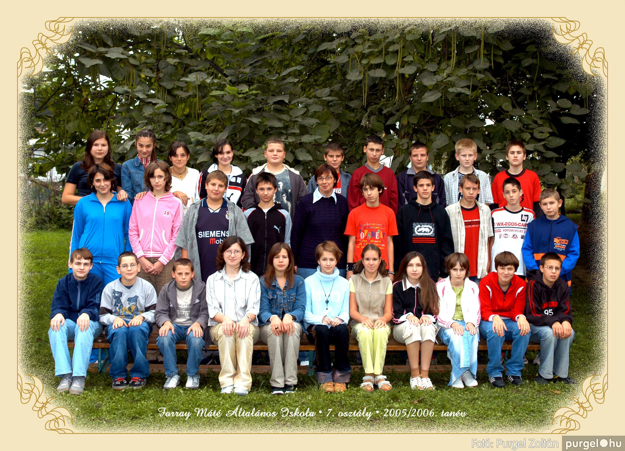 2005.09.21-10.06. 023 Forray Máté Általános Iskola osztályképek 2005. - Fotók:PURGEL ZOLTÁN© 7komoly.jpg