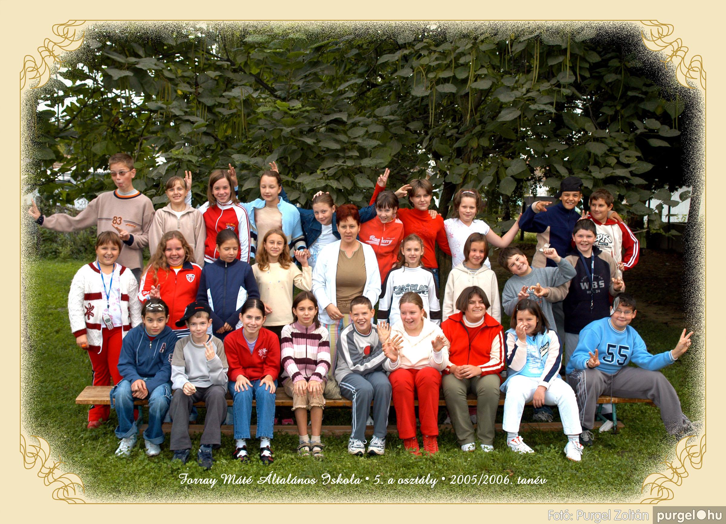 2005.09.21-10.06. 016 Forray Máté Általános Iskola osztályképek 2005. - Fotók:PURGEL ZOLTÁN© 5avidam.jpg