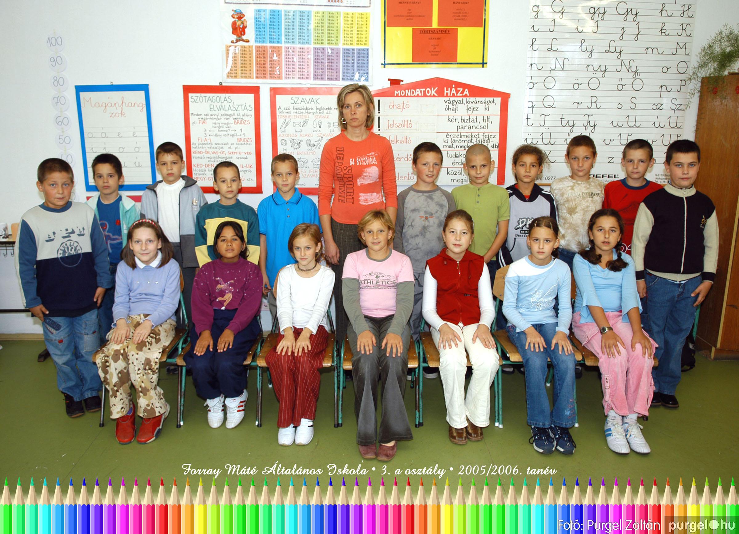 2005.09.21-10.06. 007 Forray Máté Általános Iskola osztályképek 2005. - Fotók:PURGEL ZOLTÁN© 3akomoly.jpg