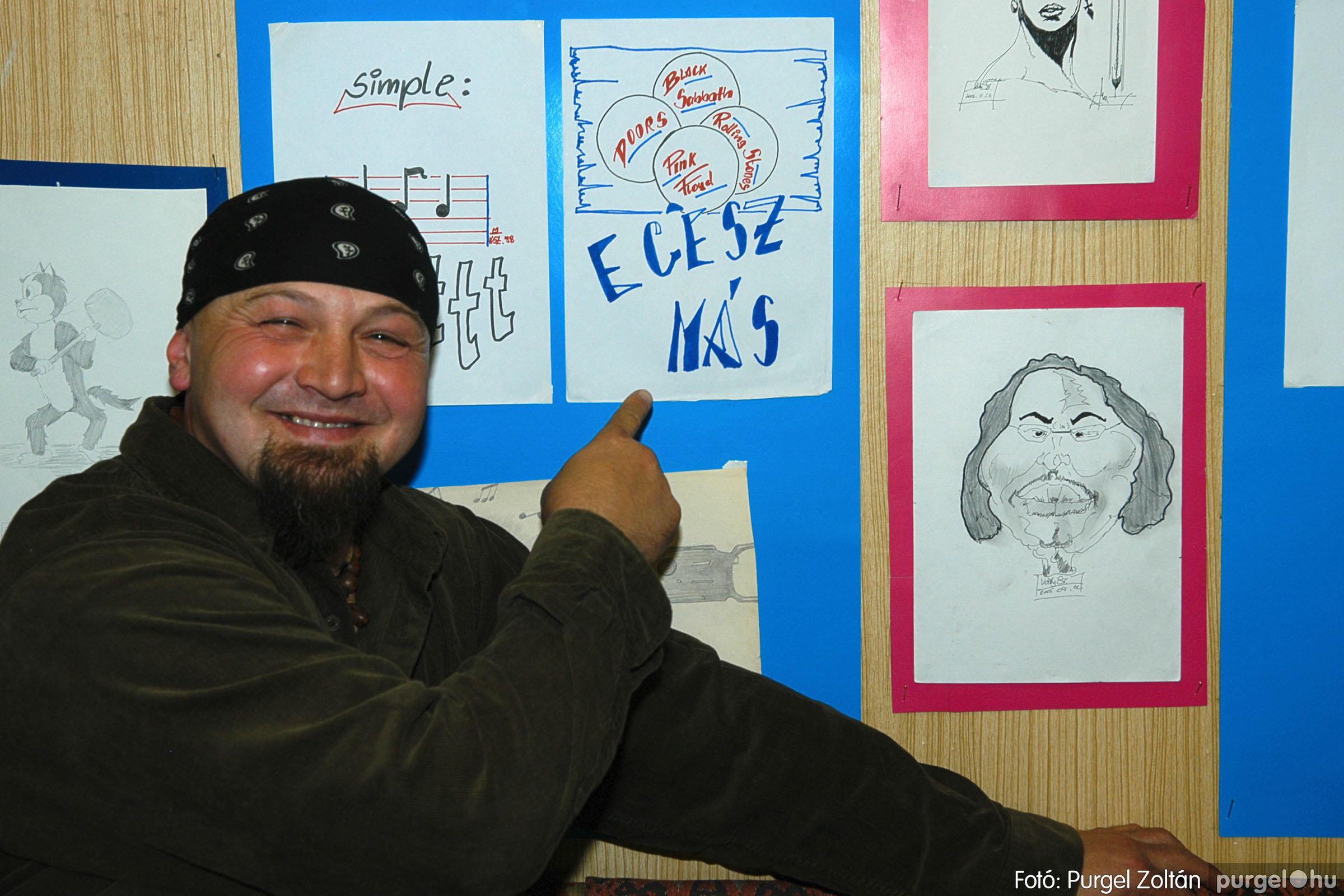 2005.11.07. 013 Káity Szilárd grafikus kiállítása - Fotó:PURGEL ZOLTÁN© DSC_0226q.jpg