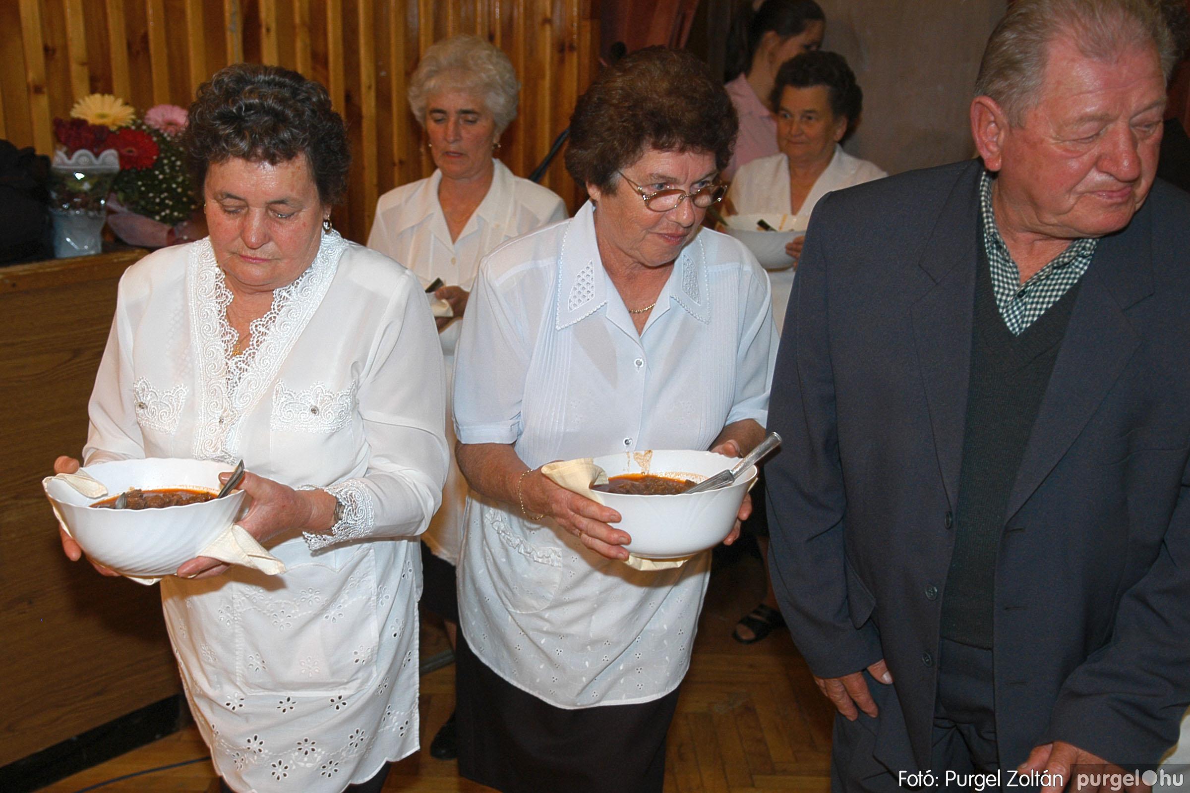 2005.11.12. 110 15 éves a Szép Öregkor Nyugdíjas Klub - Fotó:PURGEL ZOLTÁN© DSC_0490q.jpg
