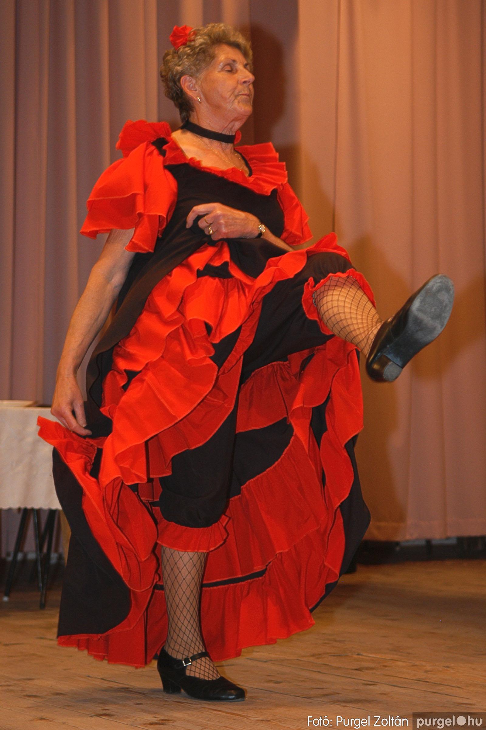 2005.11.12. 061 15 éves a Szép Öregkor Nyugdíjas Klub - Fotó:PURGEL ZOLTÁN© DSC_0428q.jpg