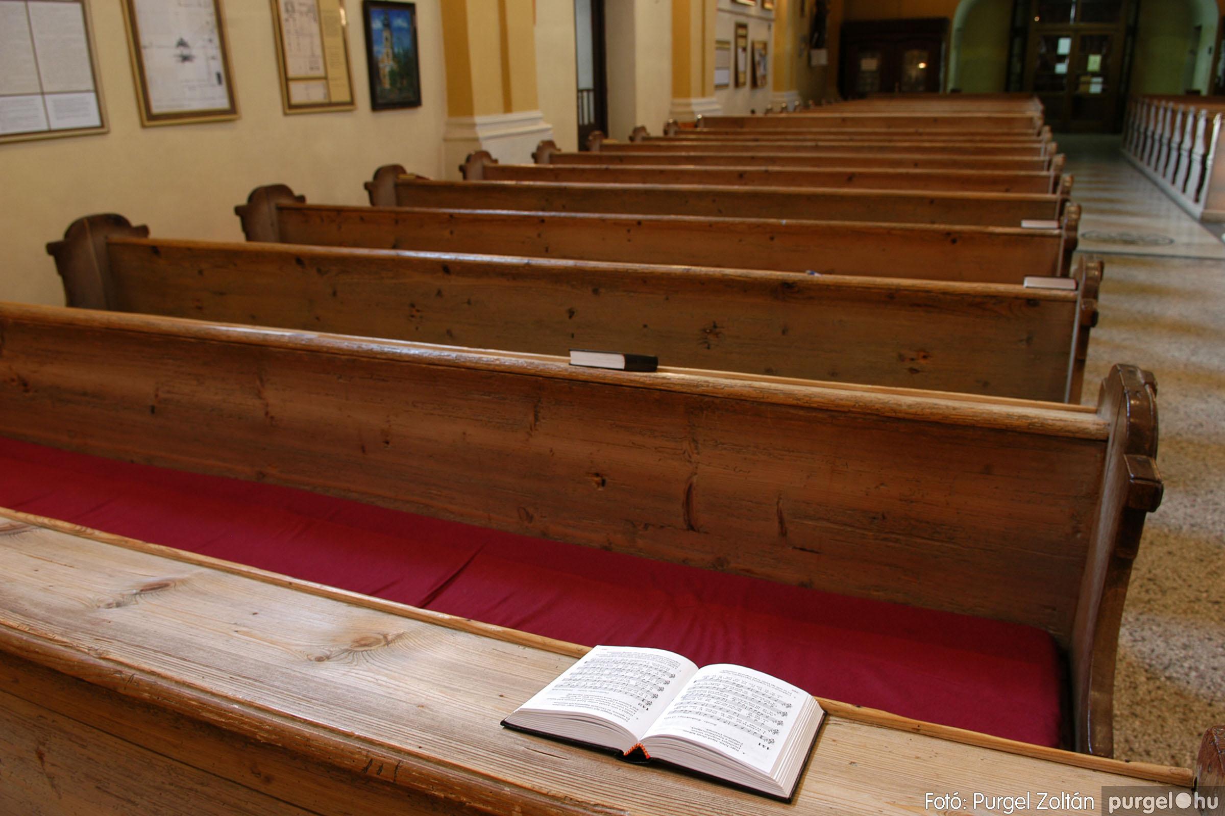 2006.02.06. 067 Látogatás a szegvári Kisboldogasszony Templomban - Fotó:PURGEL ZOLTÁN© DSC_0138q.jpg