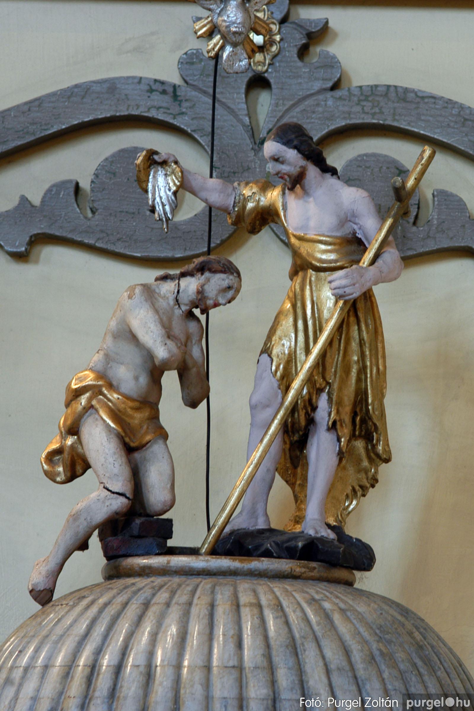 2006.02.06. 074 Látogatás a szegvári Kisboldogasszony Templomban - Fotó:PURGEL ZOLTÁN© DSC_0150q.jpg