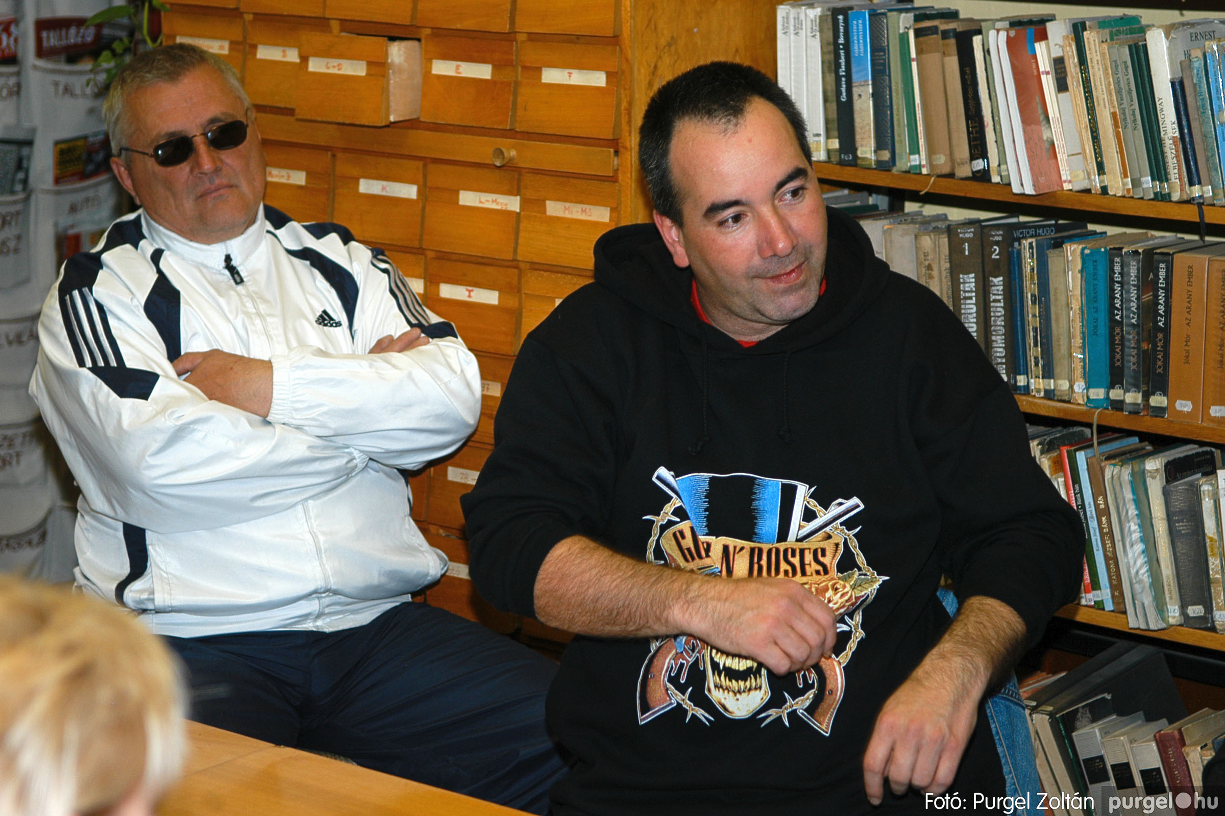 2005.11.07. 003 Káity Szilárd grafikus kiállítása - Fotó:PURGEL ZOLTÁN© DSC_0215q.jpg