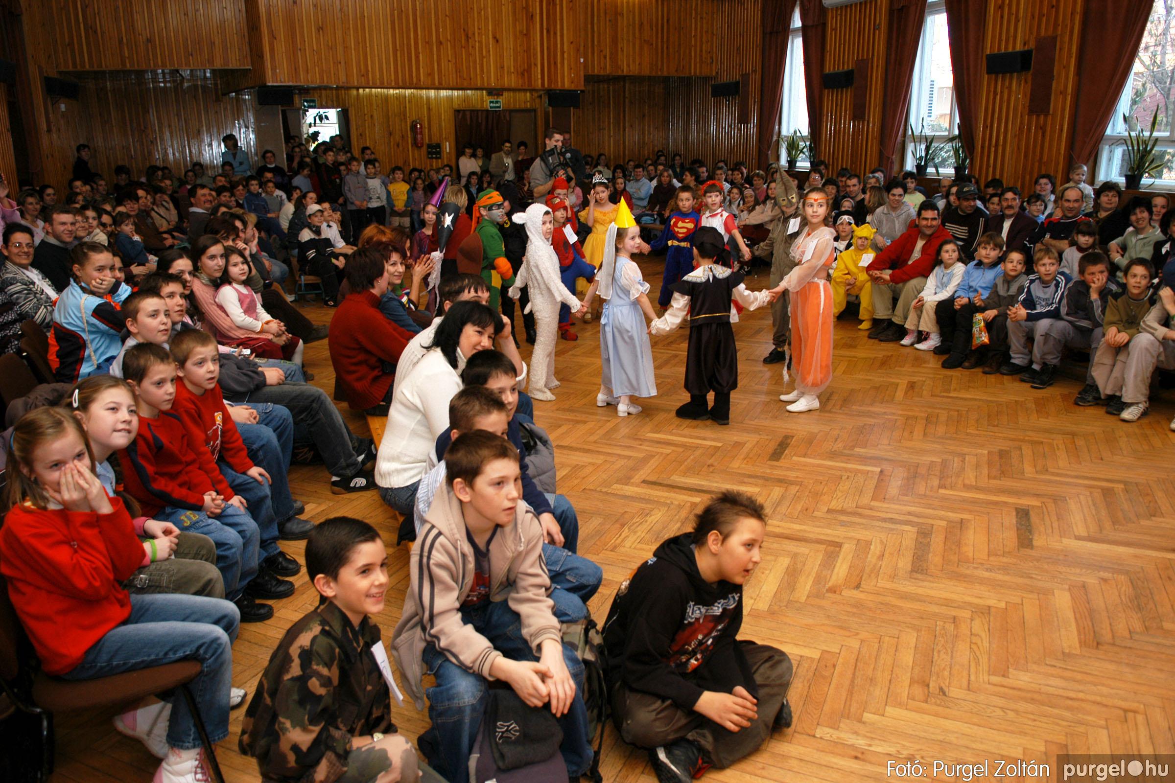2006.02.18. 042 Forray Máté Általános Iskola farsang 2006. - alsó tagozatosok - Fotó:PURGEL ZOLTÁN© DSC_0059q.jpg