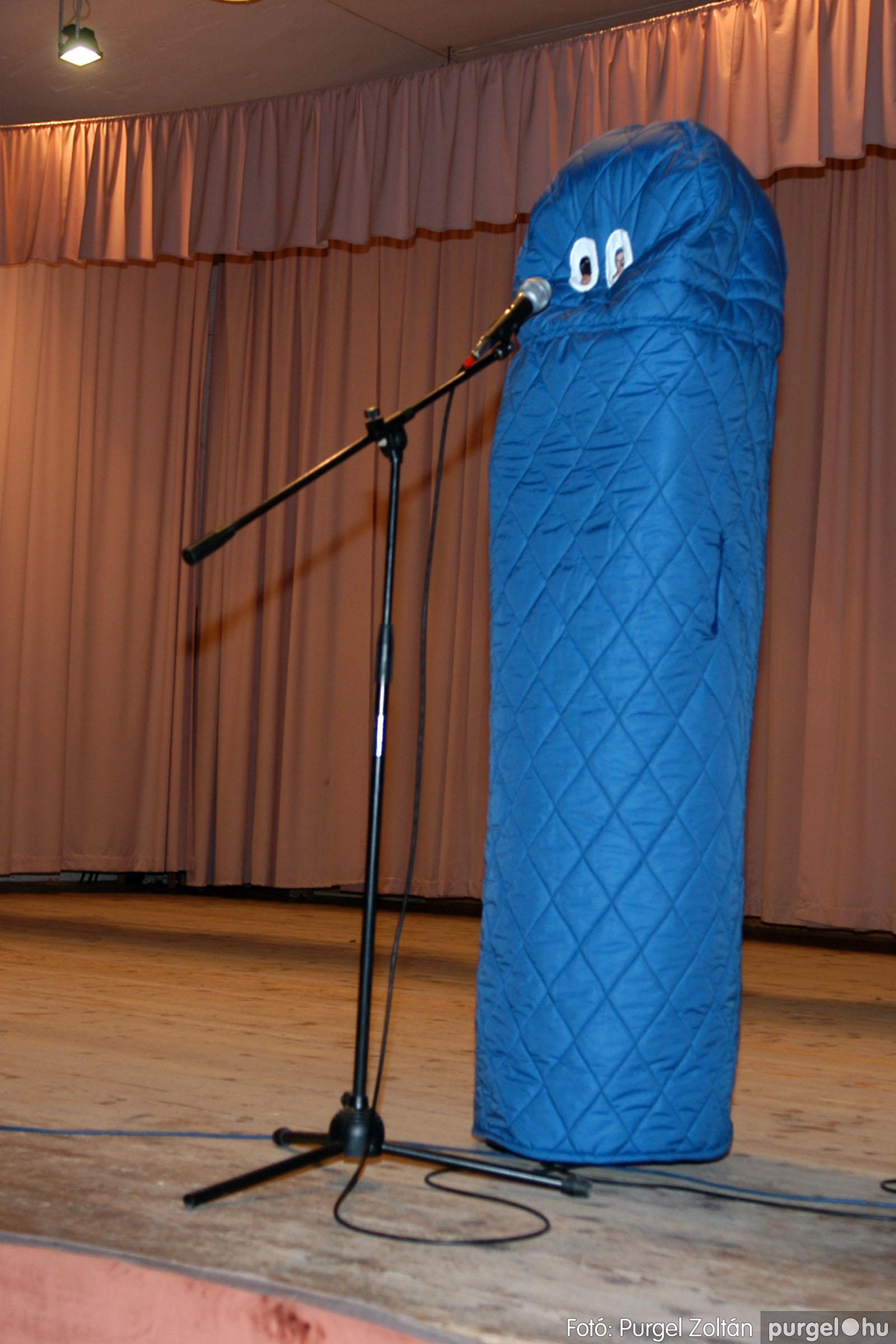 2006.02.17. 032 Forray Máté Általános Iskola farsang 2006. - felső tagozatosok - Fotó:PURGEL ZOLTÁN© DSC_0045q.jpg