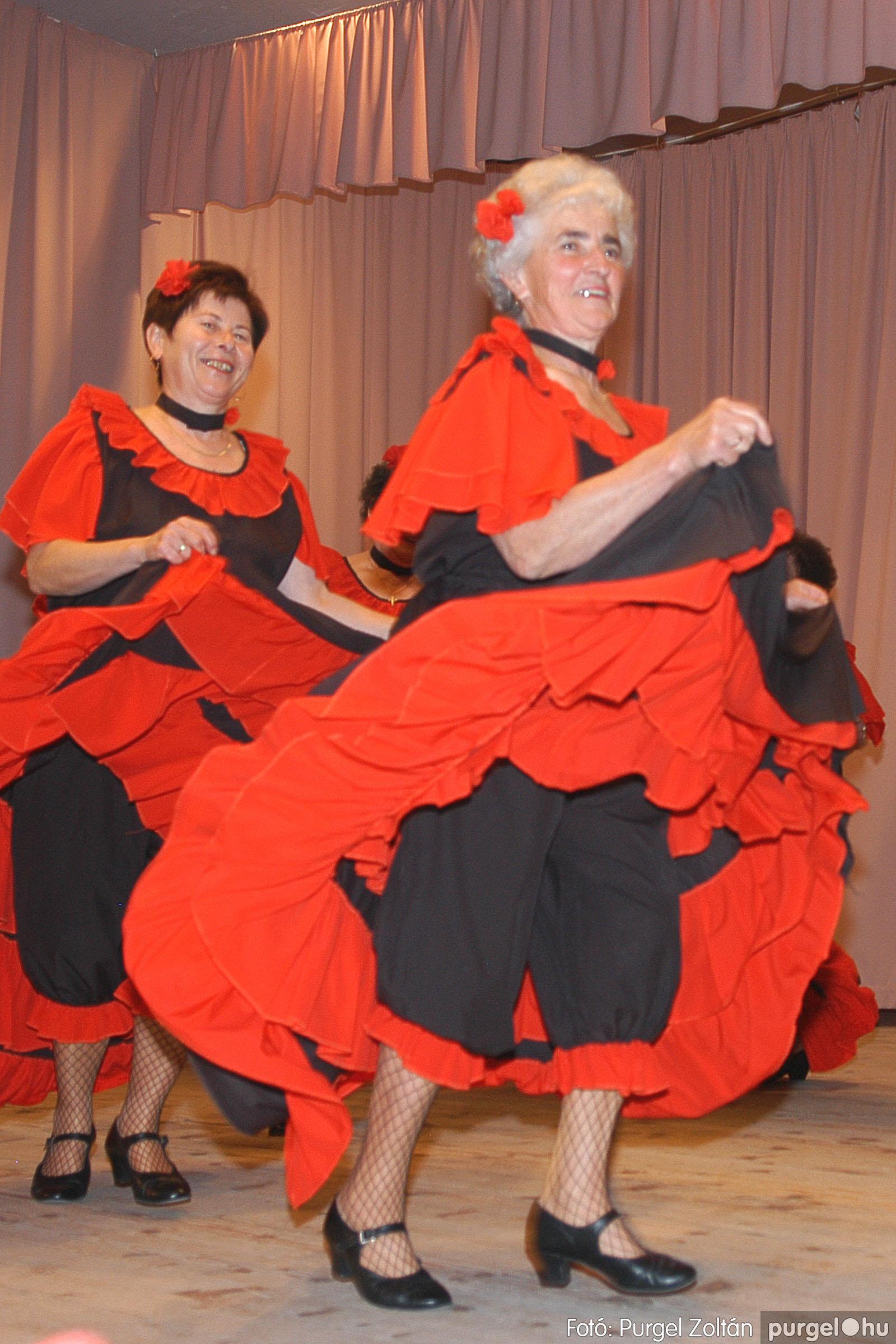 2005.11.12. 060 15 éves a Szép Öregkor Nyugdíjas Klub - Fotó:PURGEL ZOLTÁN© DSC_0426q.jpg