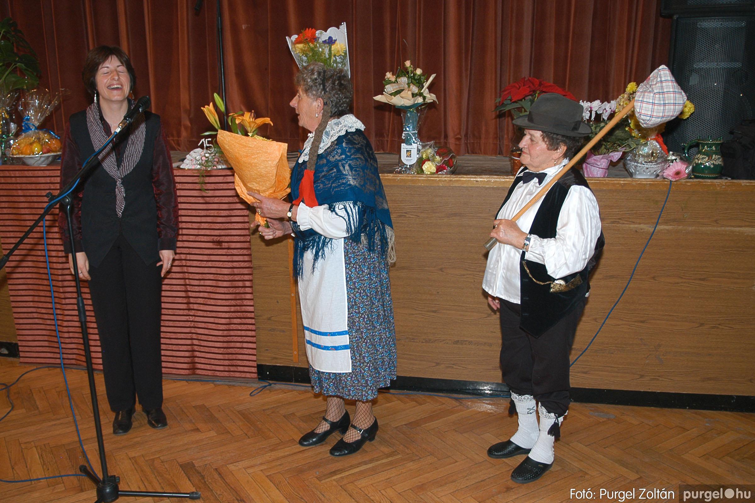 2005.11.12. 097 15 éves a Szép Öregkor Nyugdíjas Klub - Fotó:PURGEL ZOLTÁN© DSC_0472q.jpg