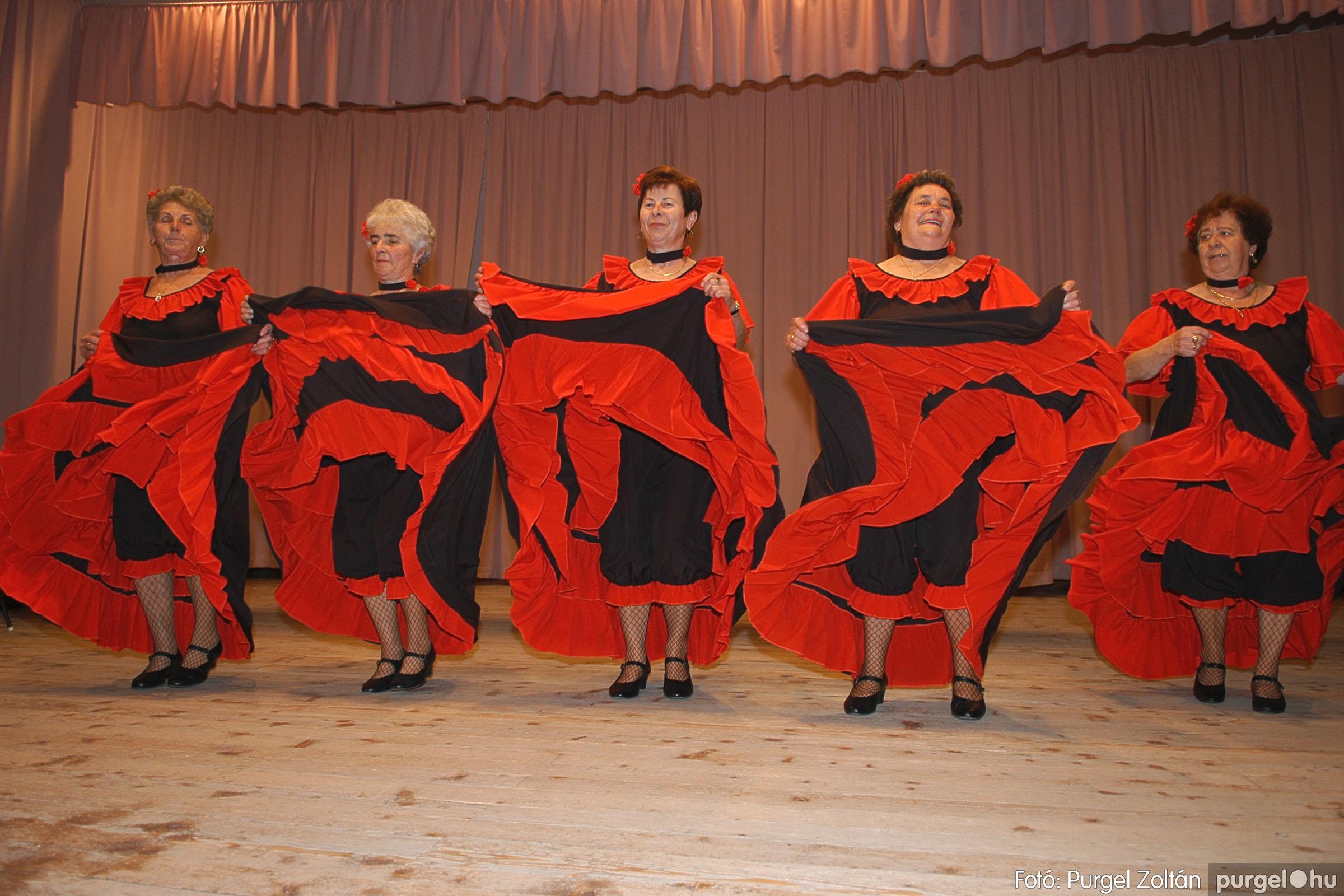 2005.11.12. 064 15 éves a Szép Öregkor Nyugdíjas Klub - Fotó:PURGEL ZOLTÁN© DSC_0431q.jpg