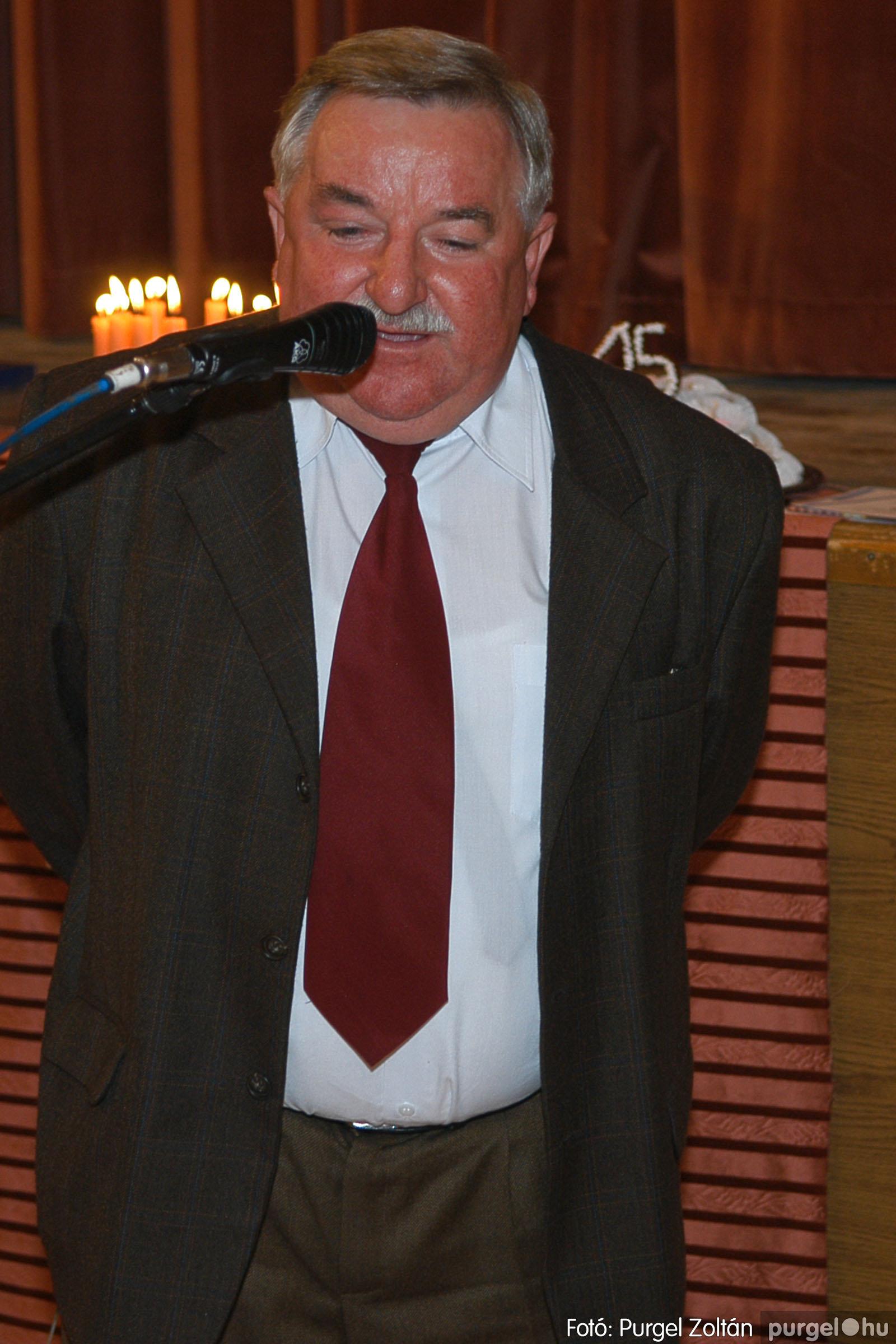 2005.11.12. 018 15 éves a Szép Öregkor Nyugdíjas Klub - Fotó:PURGEL ZOLTÁN© DSC_0379q.jpg