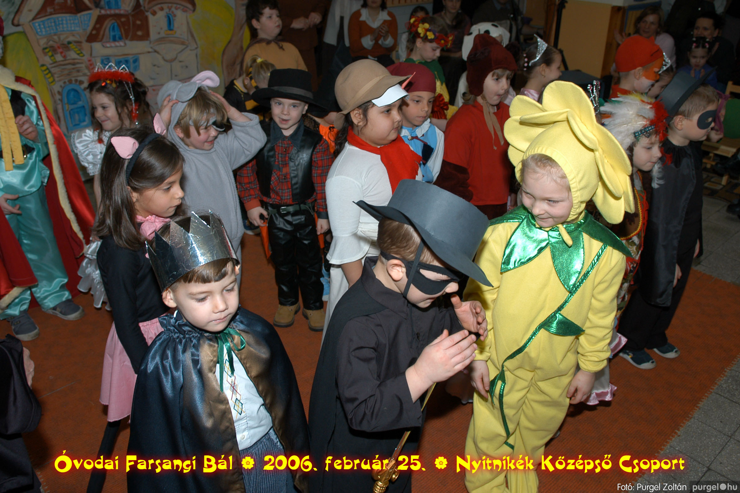 2006.02.25. 198 Kurca-parti Óvoda farsang 2006. - Nyitnikék csoport - Fotó:PURGEL ZOLTÁN©.jpg