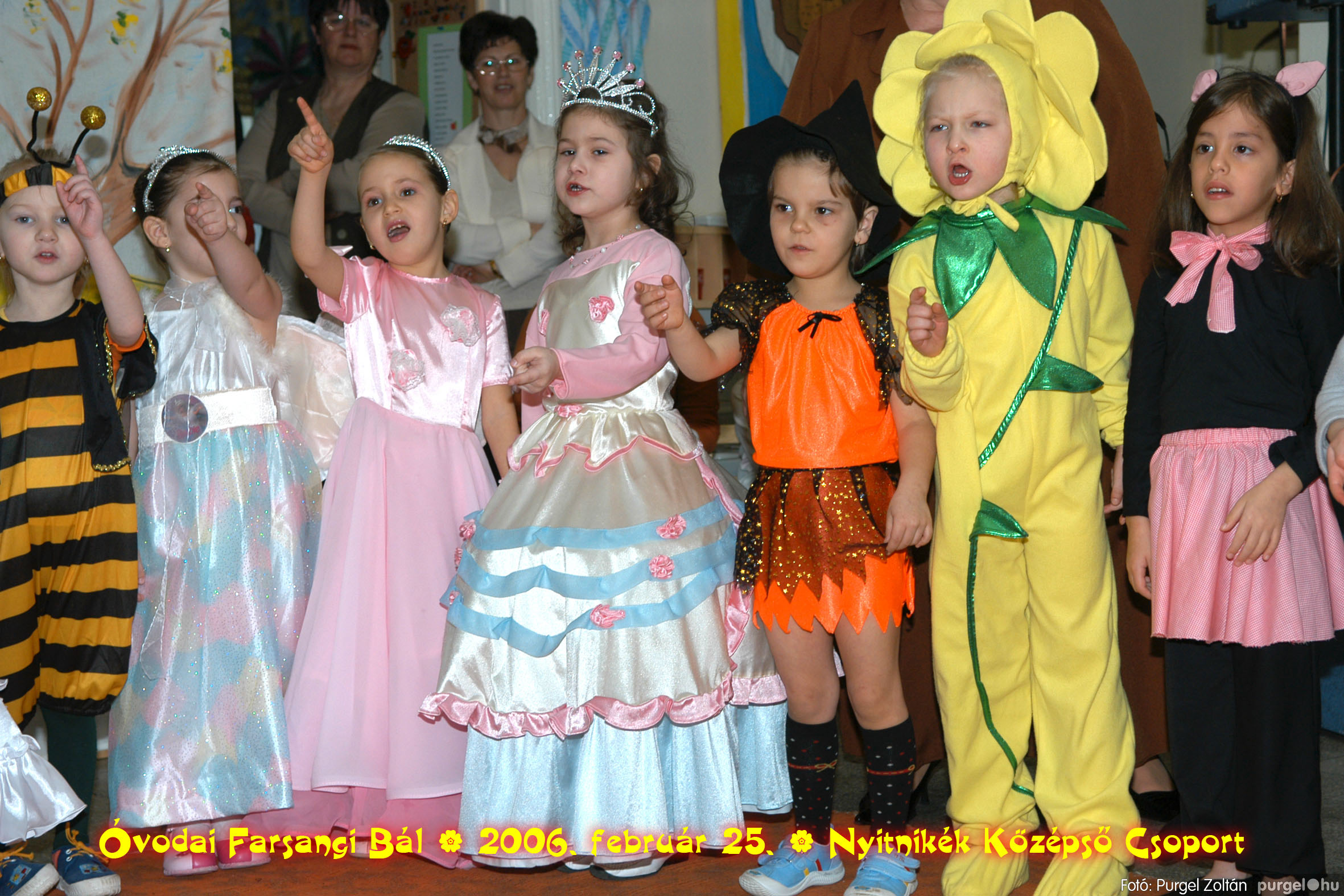 2006.02.25. 194 Kurca-parti Óvoda farsang 2006. - Nyitnikék csoport - Fotó:PURGEL ZOLTÁN©.jpg