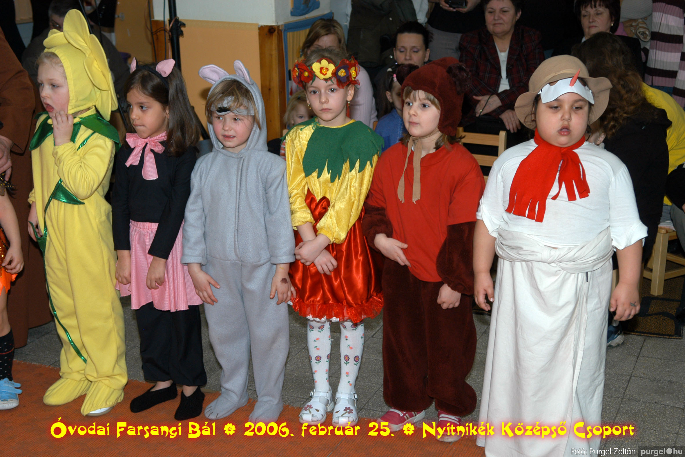 2006.02.25. 190 Kurca-parti Óvoda farsang 2006. - Nyitnikék csoport - Fotó:PURGEL ZOLTÁN©.jpg