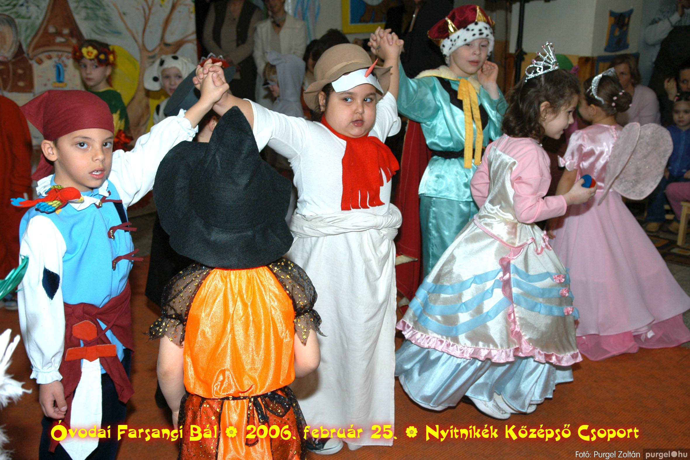 2006.02.25. 177 Kurca-parti Óvoda farsang 2006. - Nyitnikék csoport - Fotó:PURGEL ZOLTÁN©.jpg