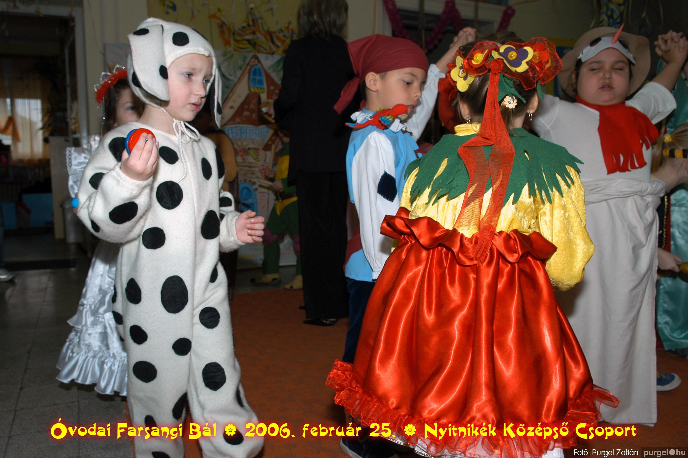 2006.02.25. 180 Kurca-parti Óvoda farsang 2006. - Nyitnikék csoport - Fotó:PURGEL ZOLTÁN©.jpg