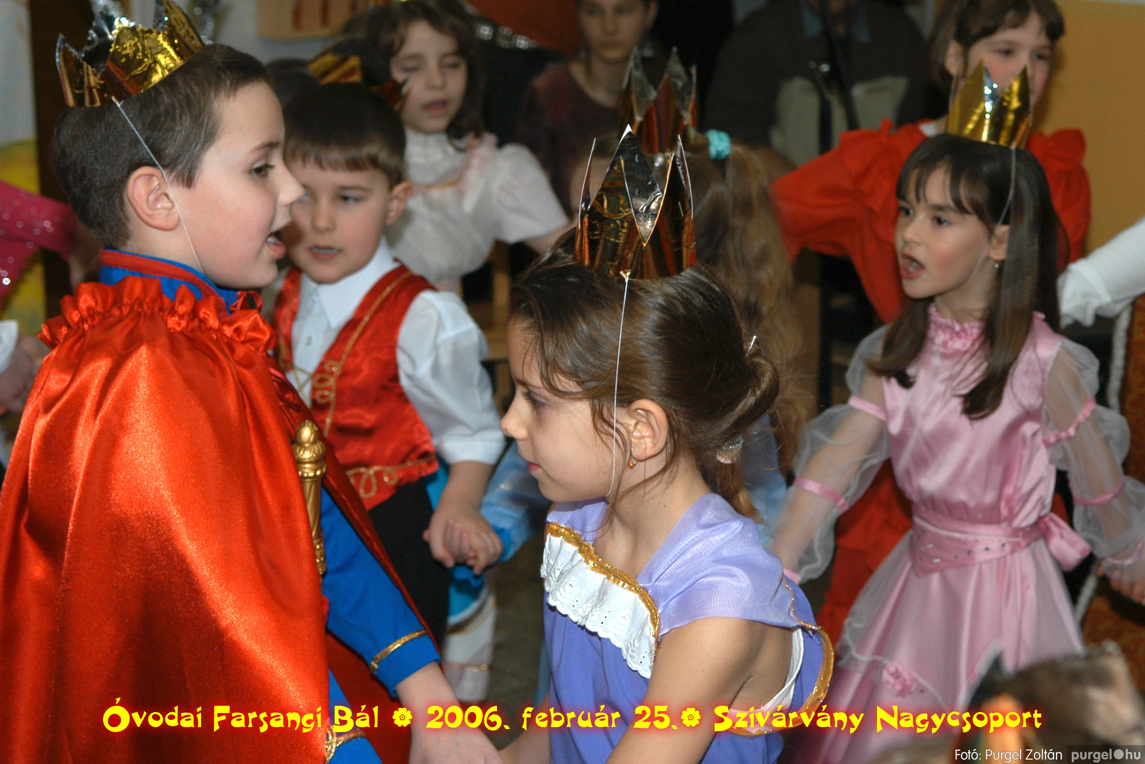 2006.02.25. 167 Kurca-parti Óvoda farsang 2006. - Szivárvány csoport - Fotó:PURGEL ZOLTÁN©.jpg