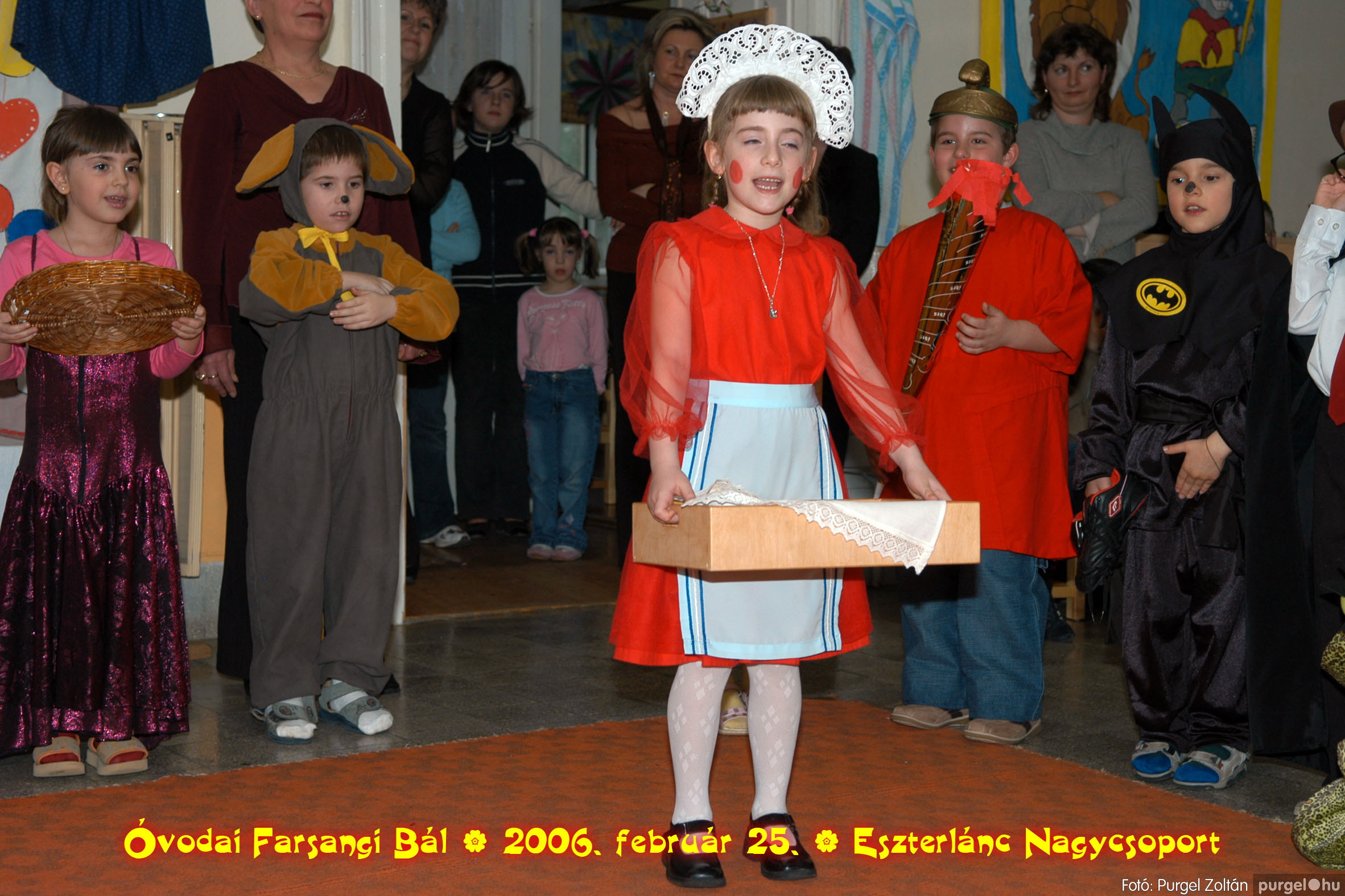 2006.02.25. 132 Kurca-parti Óvoda farsang 2006. - Eszterlánc csoport - Fotó:PURGEL ZOLTÁN©.jpg