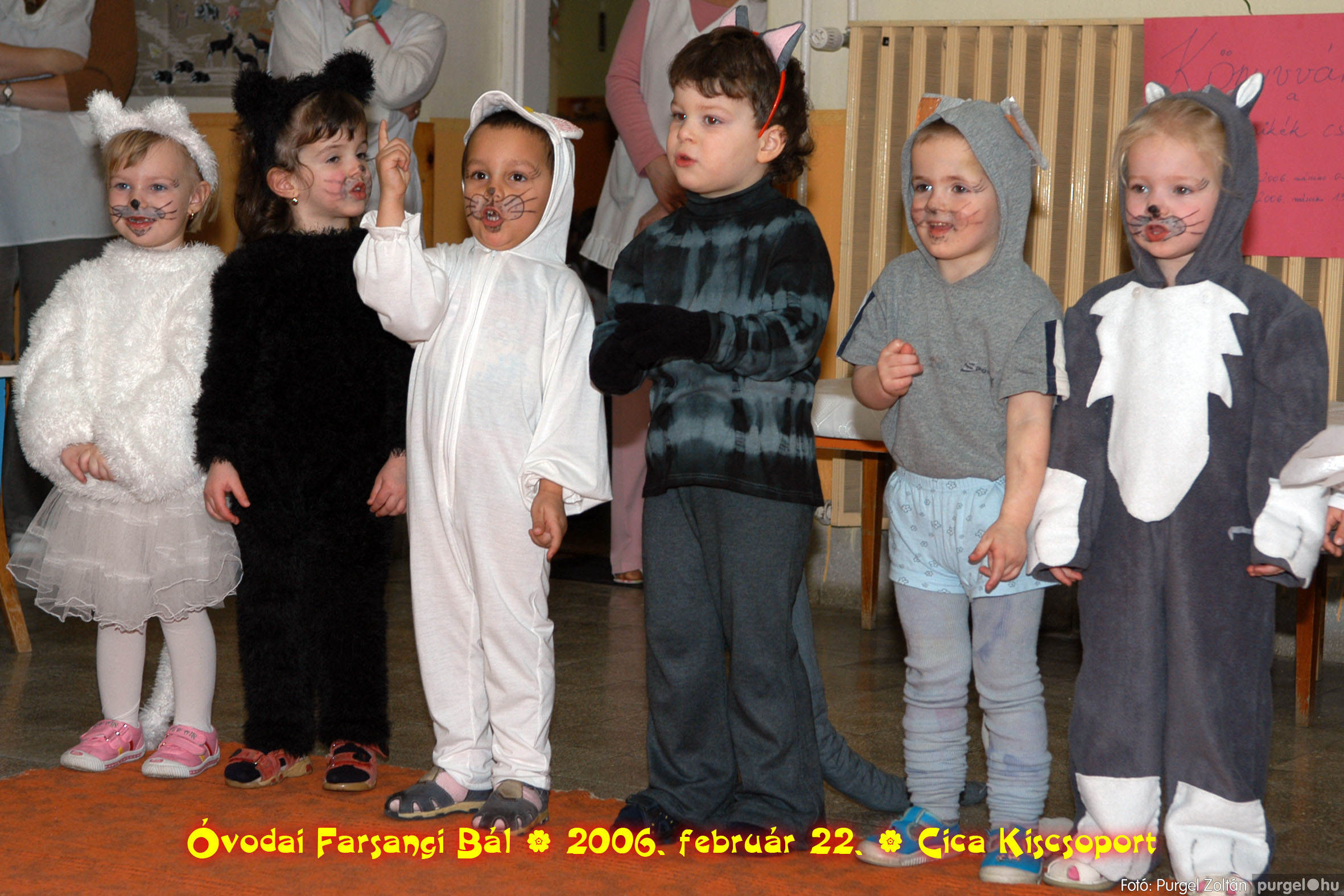 2006.02.22. 016 Kurca-parti Óvoda farsang 2006. - Cica csoport - Fotó:PURGEL ZOLTÁN© 716.jpg