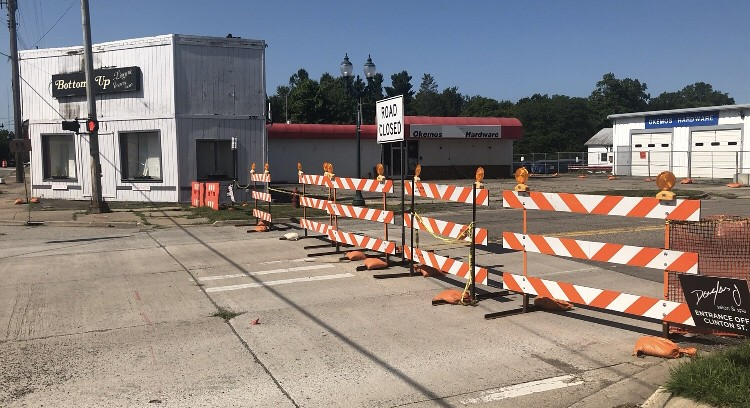 Surrounding Businesses Remain Open During Village of Okemos Construction