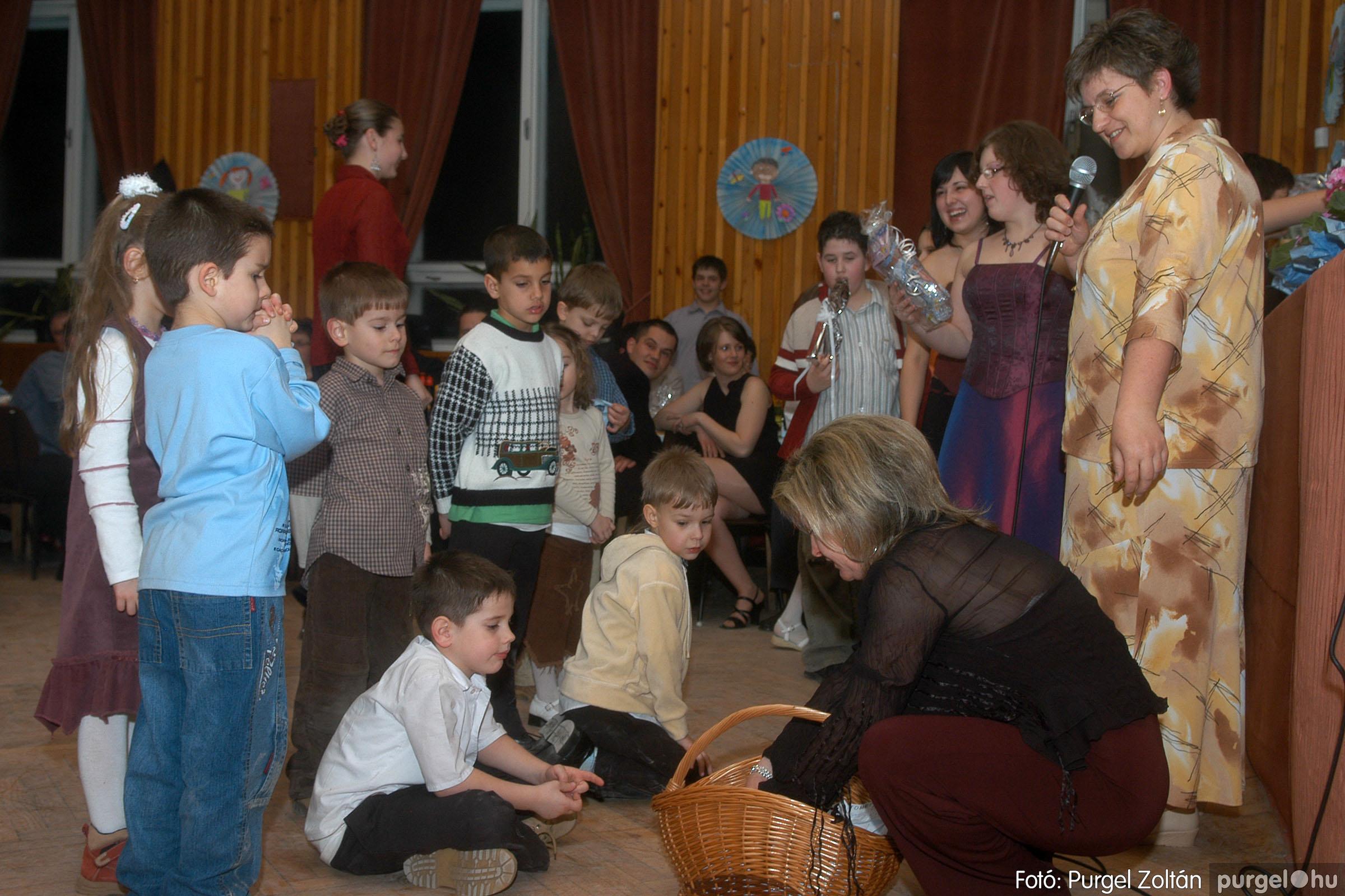 2006.03.11. 060 Kurca-parti Óvoda jótékonysági bál - Fotó:PURGEL ZOLTÁN© DSC_0128q.jpg