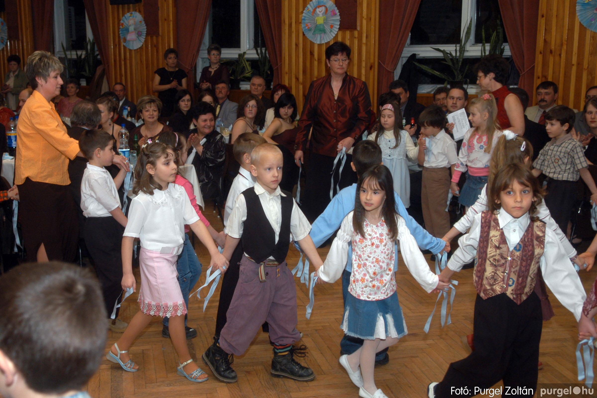 2006.03.11. 016 Kurca-parti Óvoda jótékonysági bál - Fotó:PURGEL ZOLTÁN© DSC_0046q.jpg