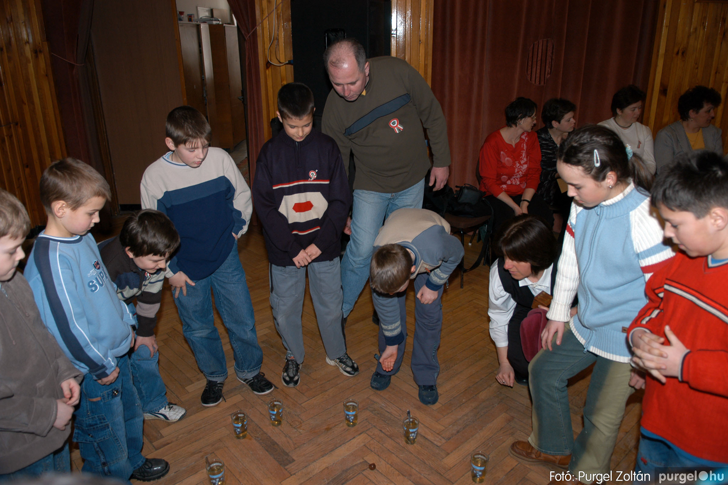 2006.03.15. 005 Forray Máté Általános Iskola iskolatörténeti vetélkedő - Fotó:PURGEL ZOLTÁN© DSC_0058q.jpg