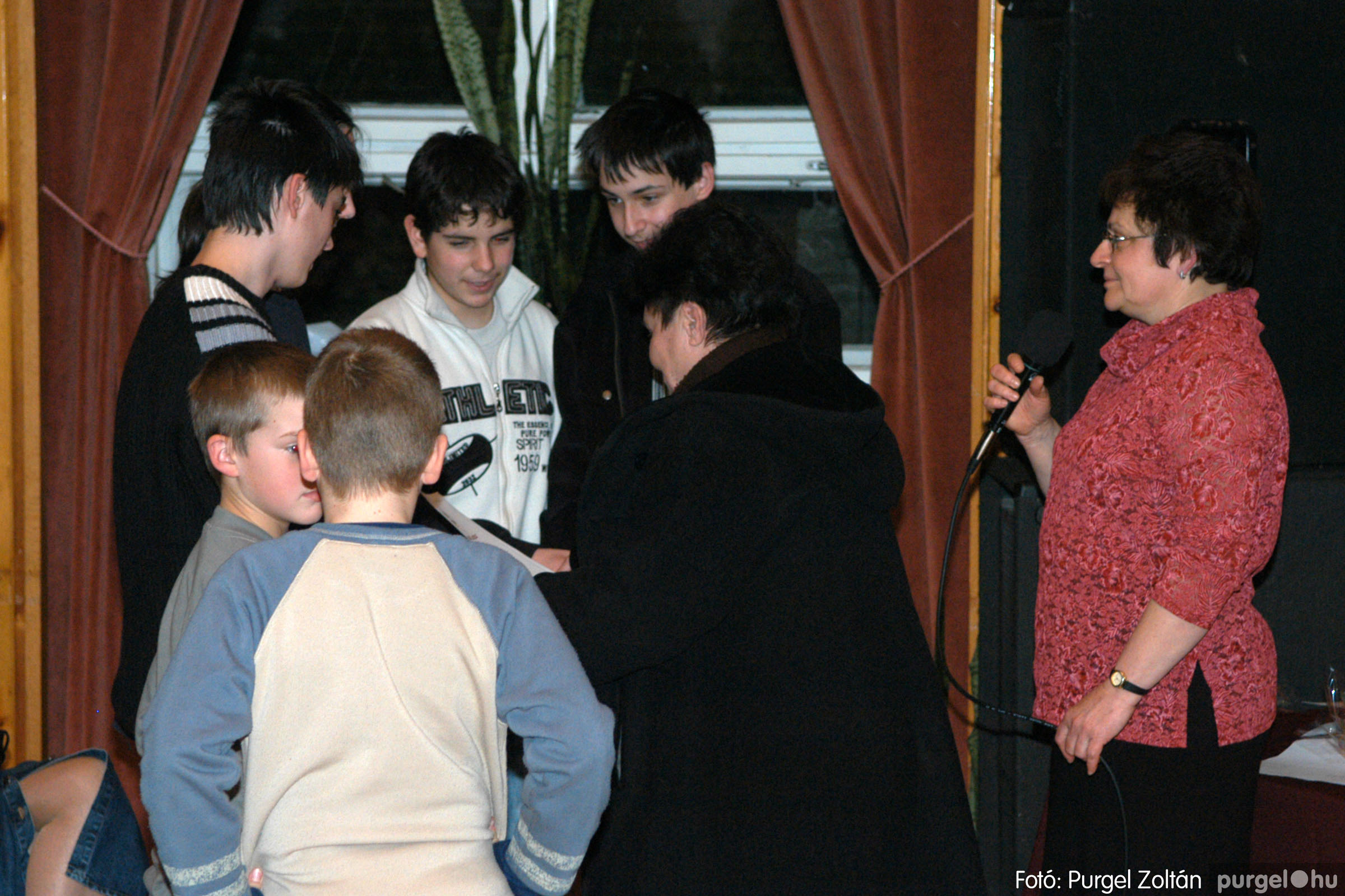 2006.03.16. 057 Forray Máté Általános Iskola ünnepi műsor - Fotó:PURGEL ZOLTÁN© DSC_0135q.jpg