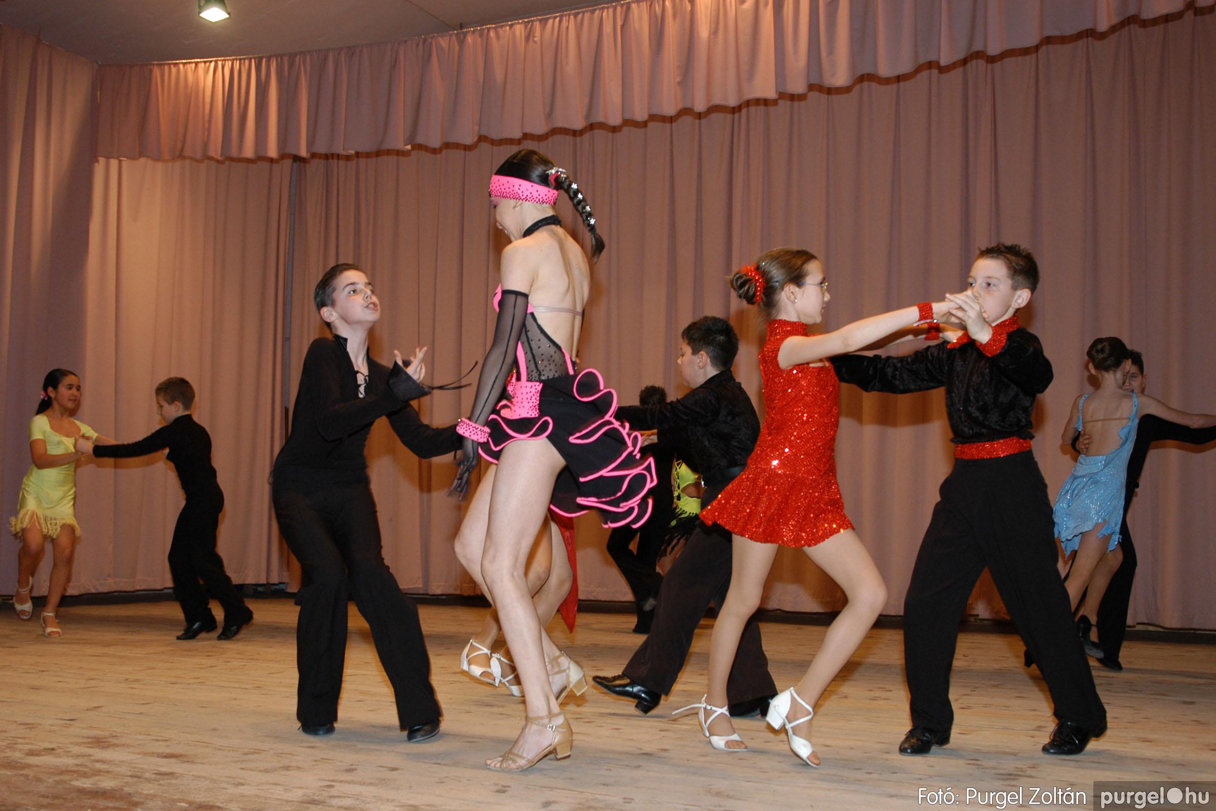 2006.03.16. 032 Forray Máté Általános Iskola ünnepi műsor - Fotó:PURGEL ZOLTÁN© DSC_0110q.jpg