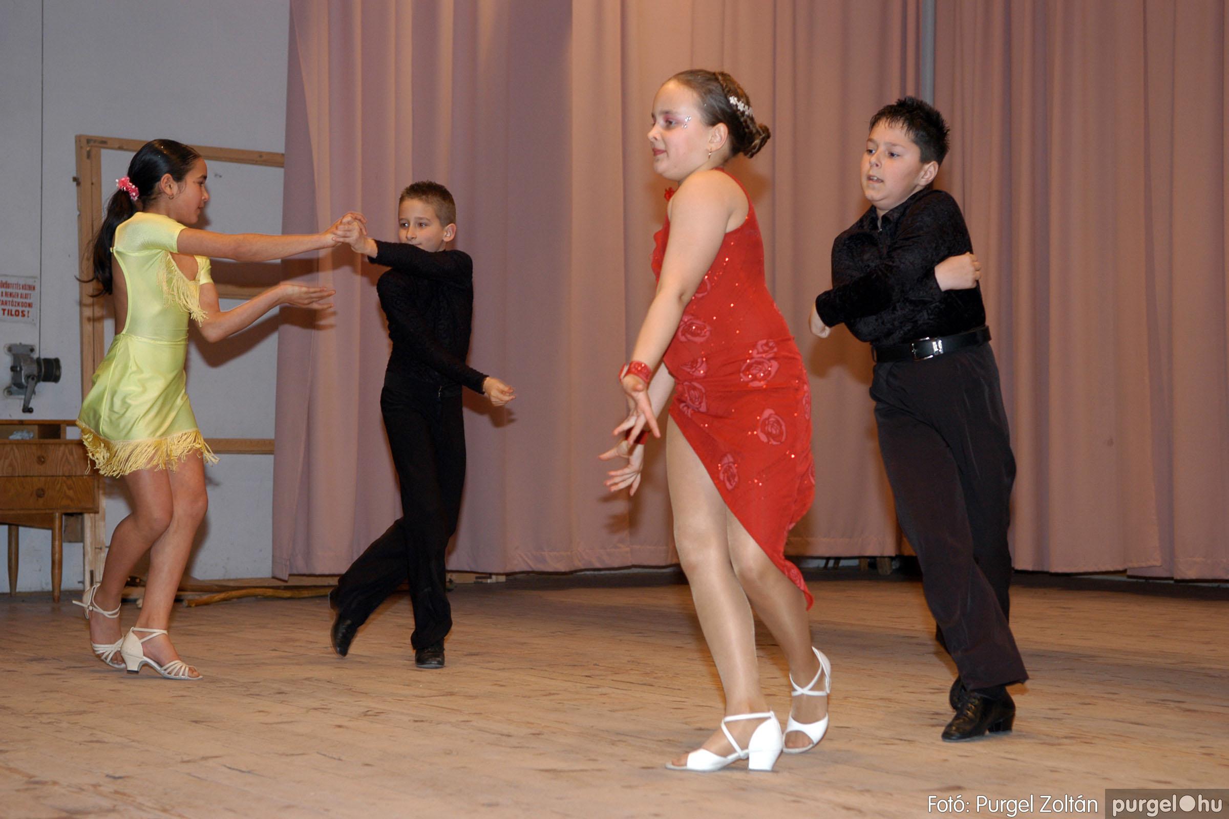 2006.03.16. 022 Forray Máté Általános Iskola ünnepi műsor - Fotó:PURGEL ZOLTÁN© DSC_0097q.jpg