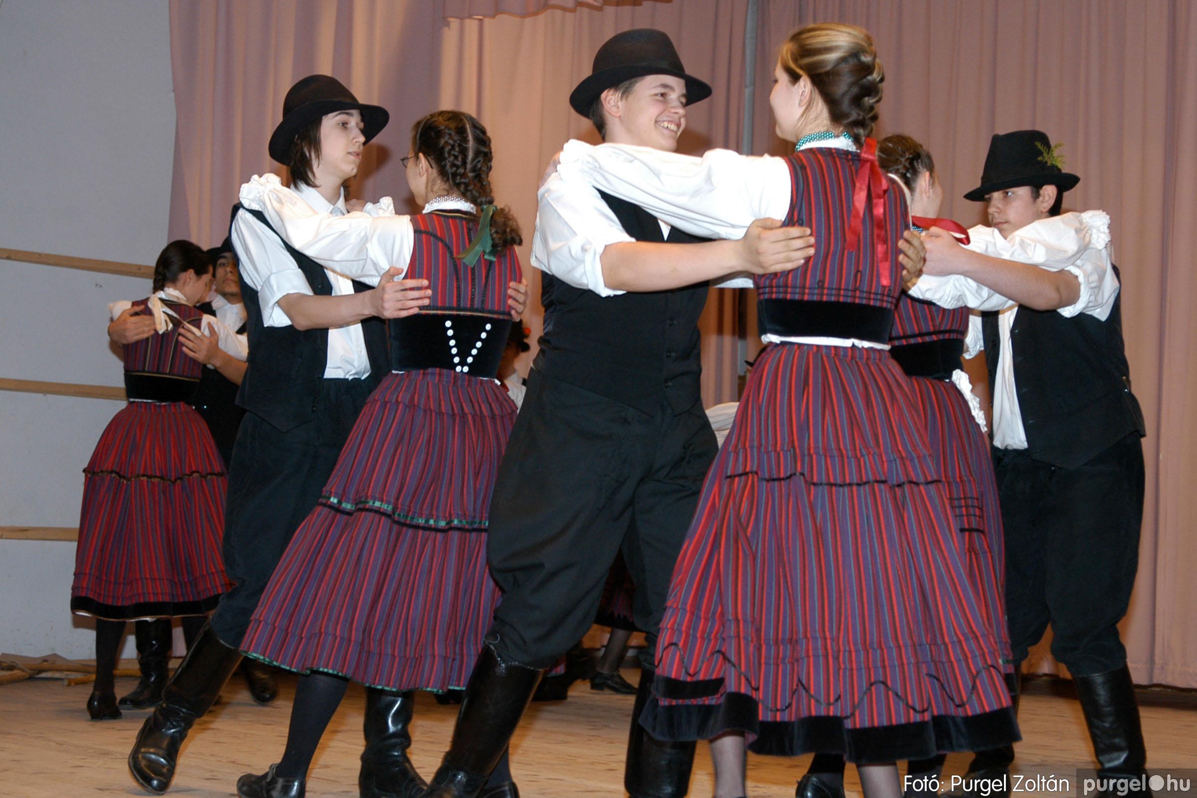 2006.03.16. 004 Forray Máté Általános Iskola ünnepi műsor - Fotó:PURGEL ZOLTÁN© DSC_0077q.jpg