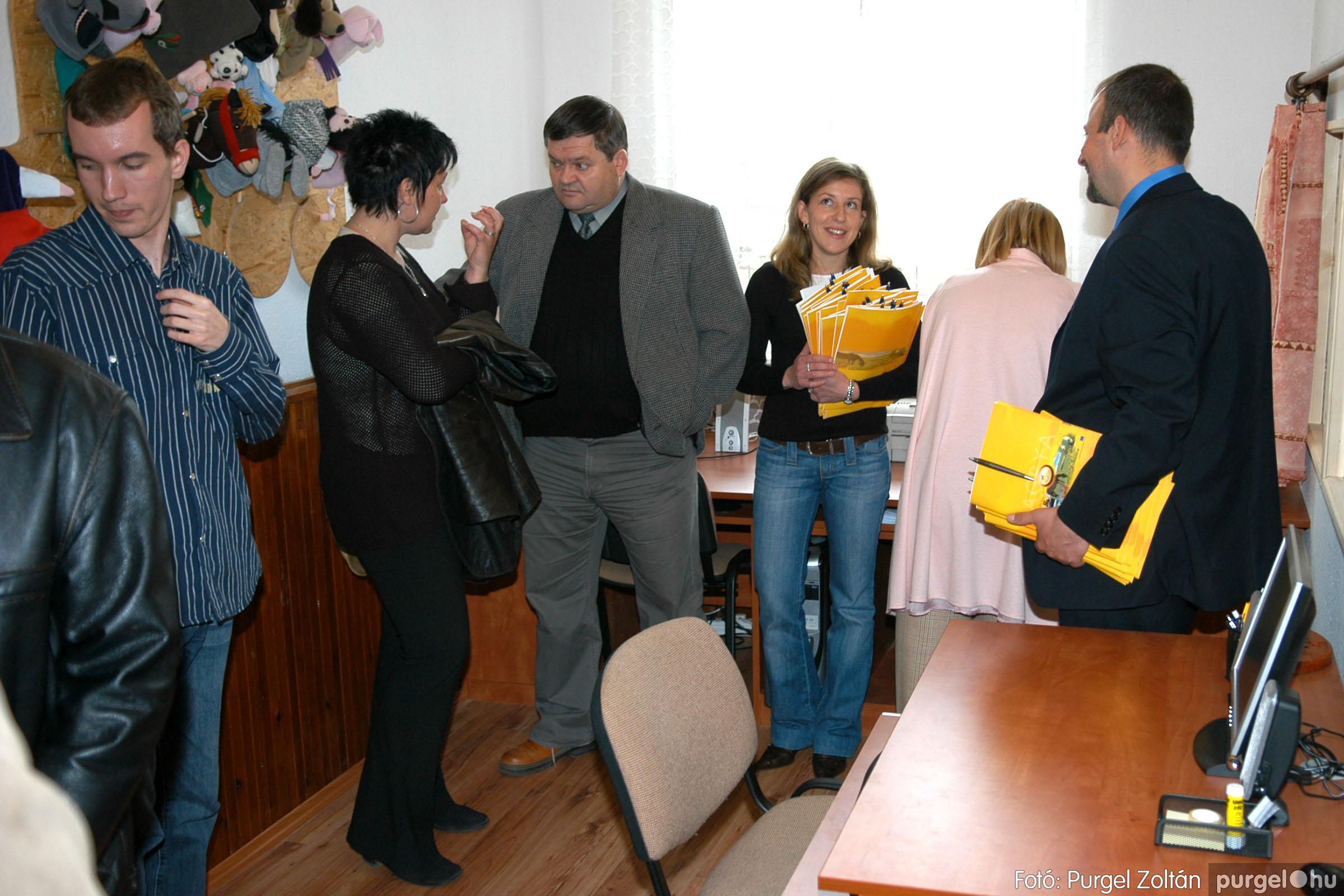 2006.04.14. 007 Teleház megnyitó - Fotó:PURGEL ZOLTÁN© DSC_0385q.jpg