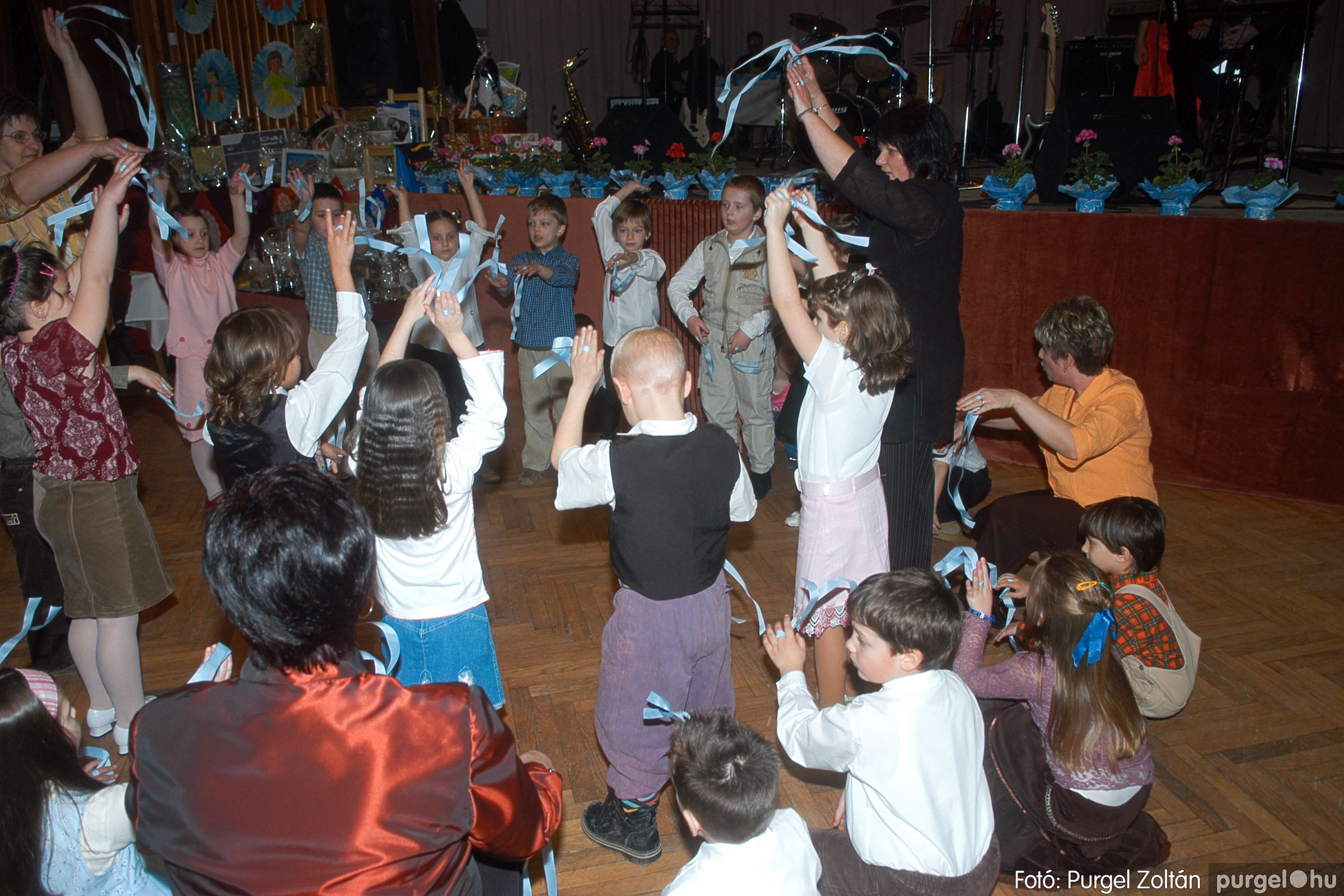 2006.03.11. 011 Kurca-parti Óvoda jótékonysági bál - Fotó:PURGEL ZOLTÁN© DSC_0031q.jpg