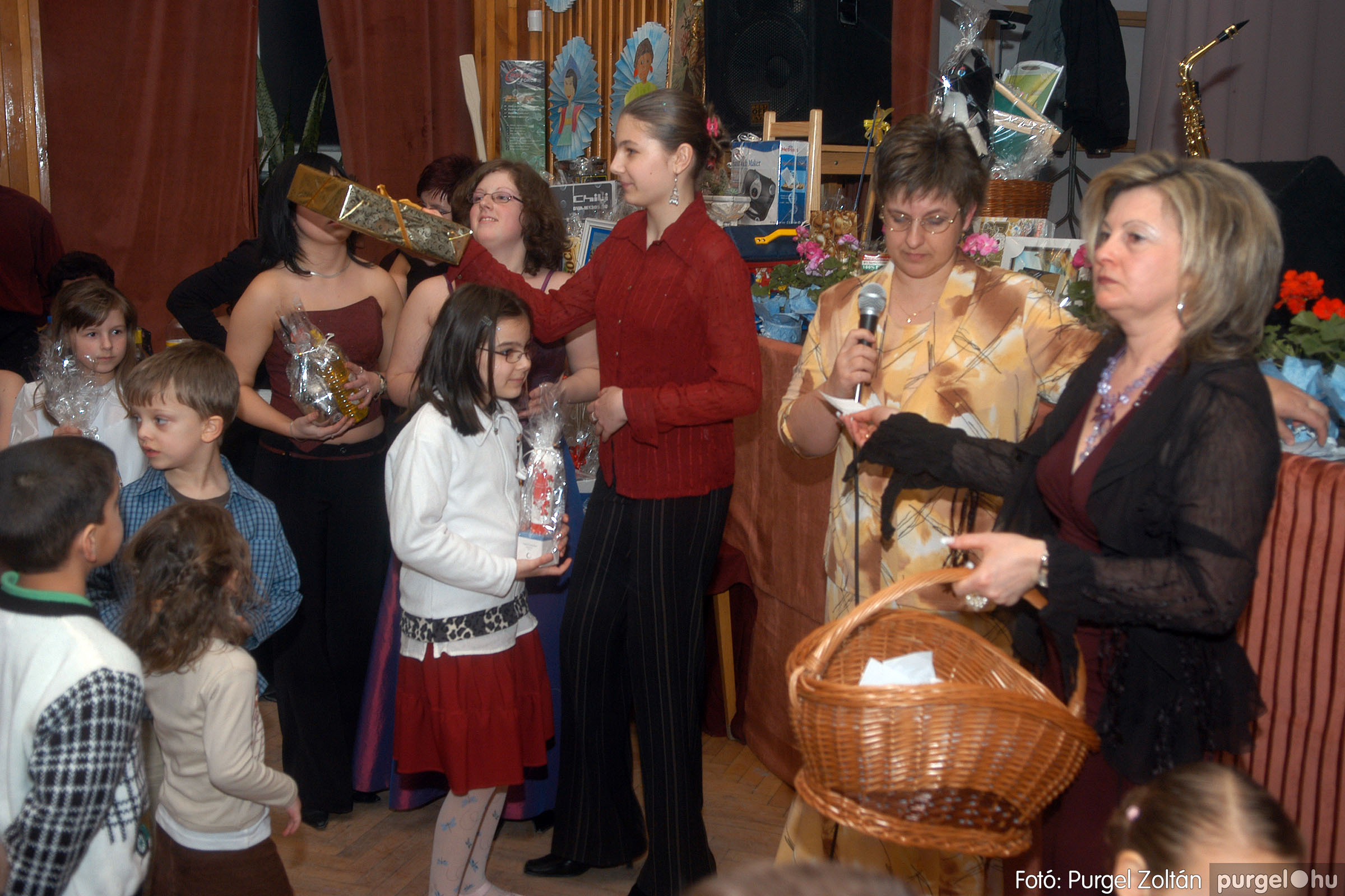 2006.03.11. 059 Kurca-parti Óvoda jótékonysági bál - Fotó:PURGEL ZOLTÁN© DSC_0126q.jpg