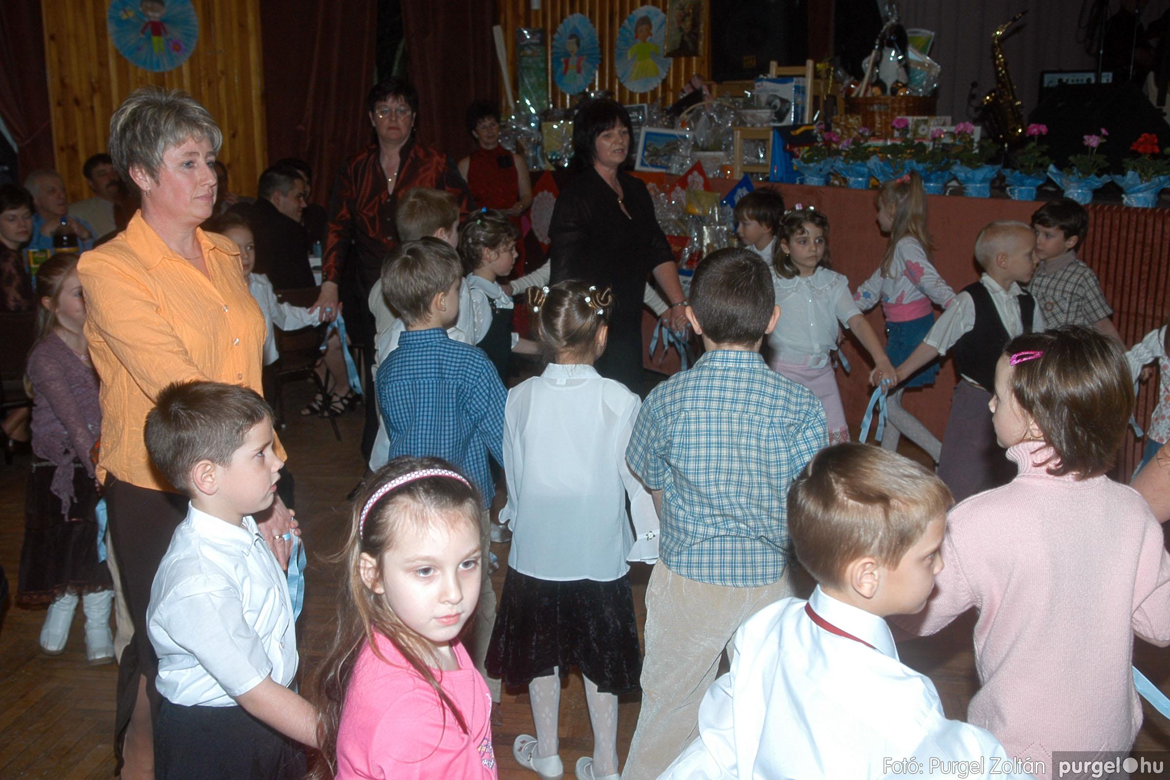 2006.03.11. 009 Kurca-parti Óvoda jótékonysági bál - Fotó:PURGEL ZOLTÁN© DSC_0028q.jpg