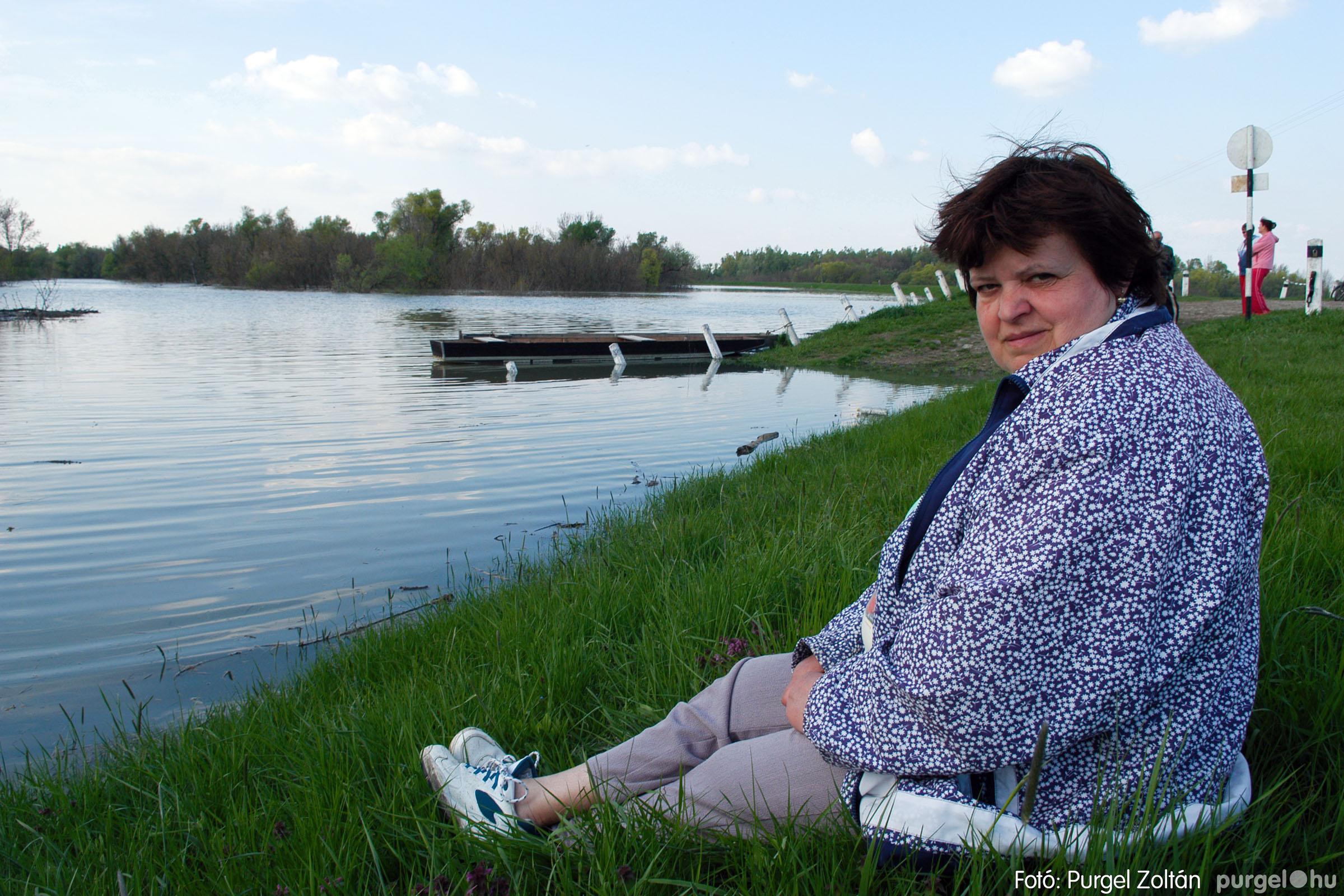 2006.04.17. 026 Tisza áradás - Fotó:PURGEL ZOLTÁN© DSC_0053q.jpg