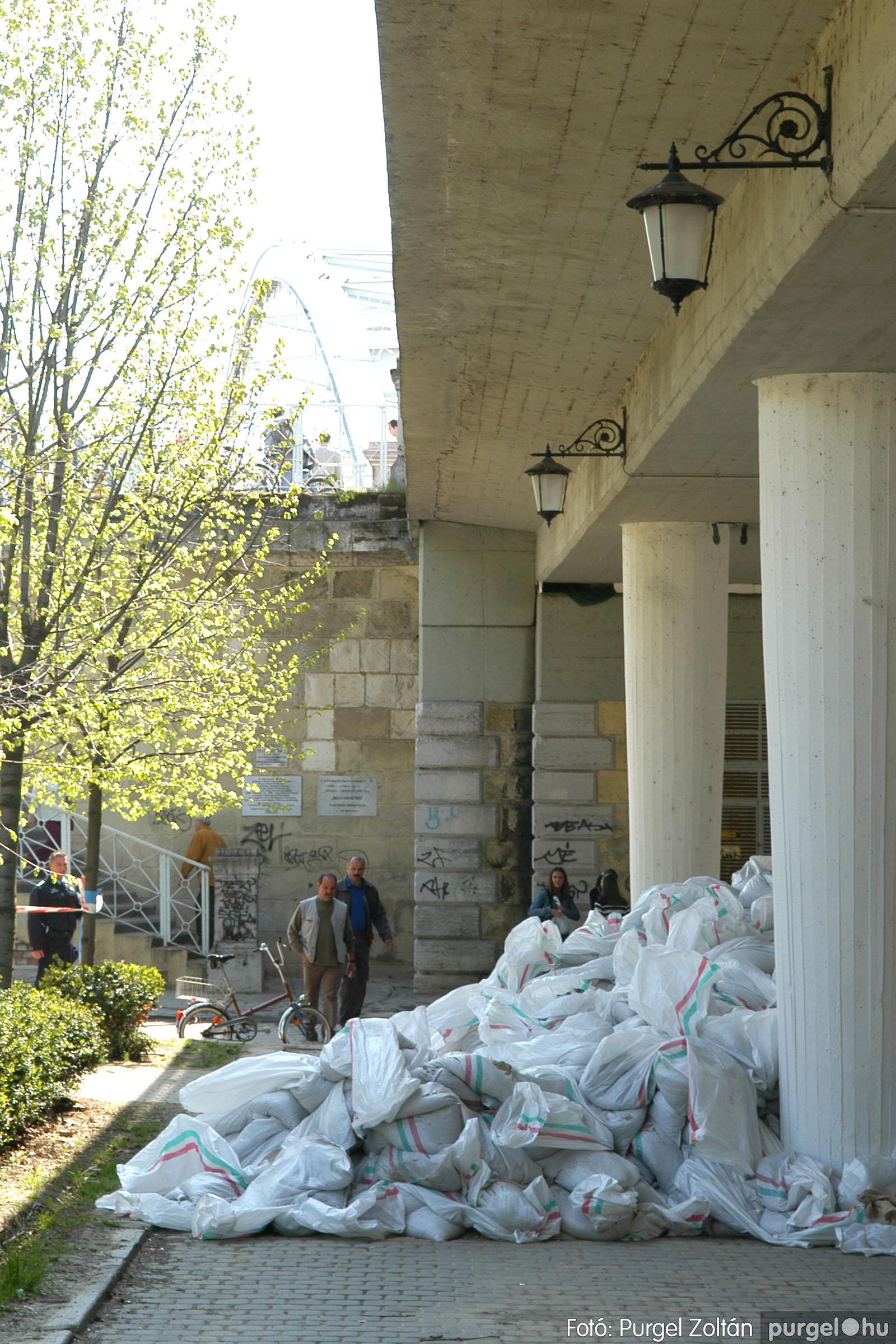 2006.04.18. 043 A Tisza Szegednél - Fotó:PURGEL ZOLTÁN© DSC_0120q.jpg