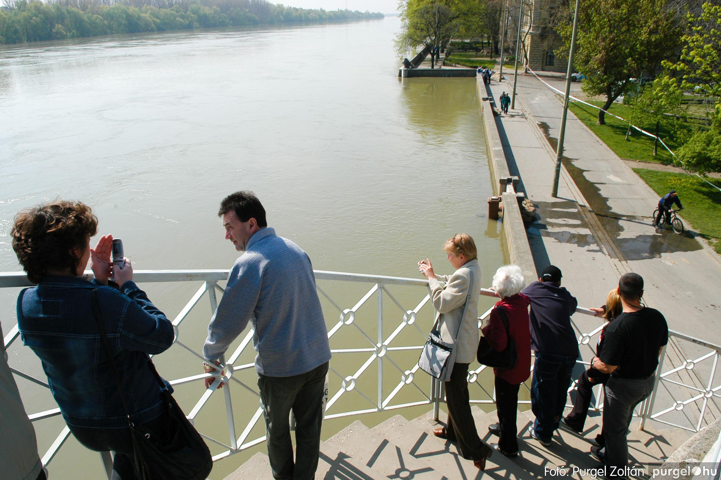 2006.04.18. 038 A Tisza Szegednél - Fotó:PURGEL ZOLTÁN© DSC_0106q.jpg