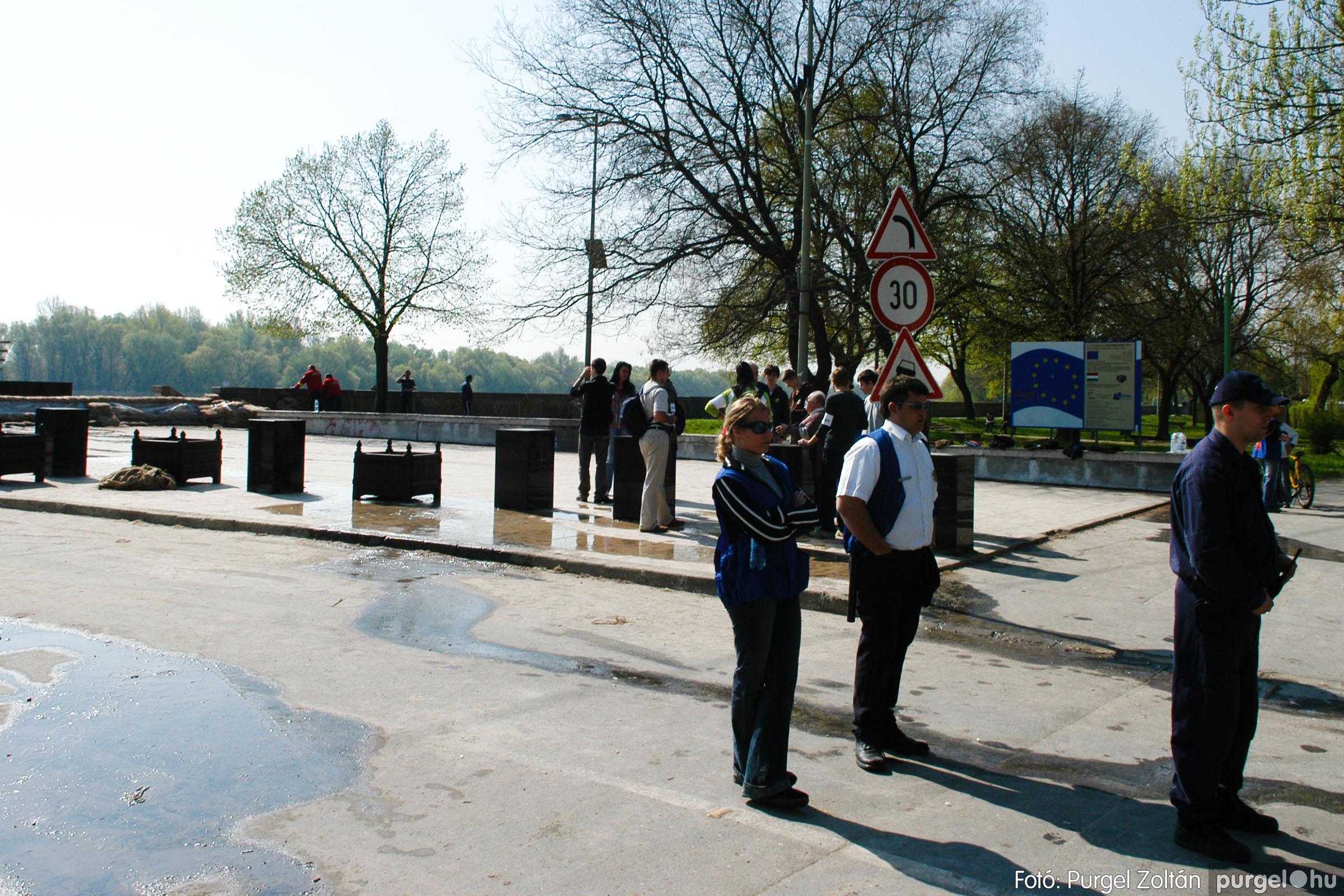 2006.04.18. 001 A Tisza Szegednél - Fotó:PURGEL ZOLTÁN© DSC_0007q.jpg