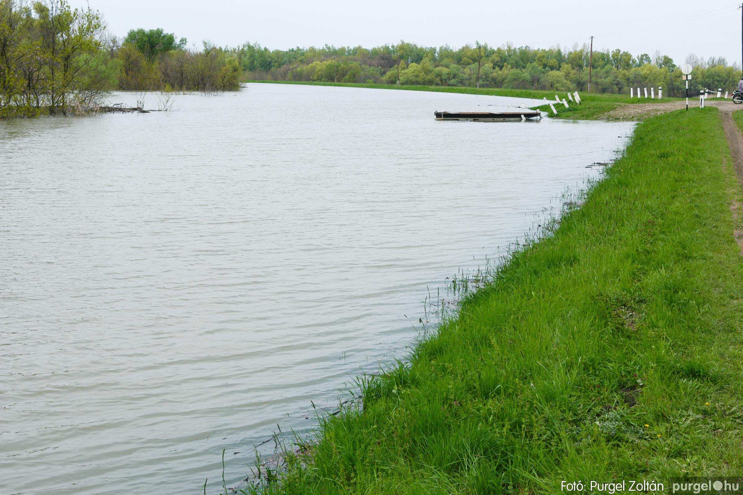 2006.04.19. 010 Tisza áradás - Fotó:PURGEL ZOLTÁN© DSC_0115q.jpg