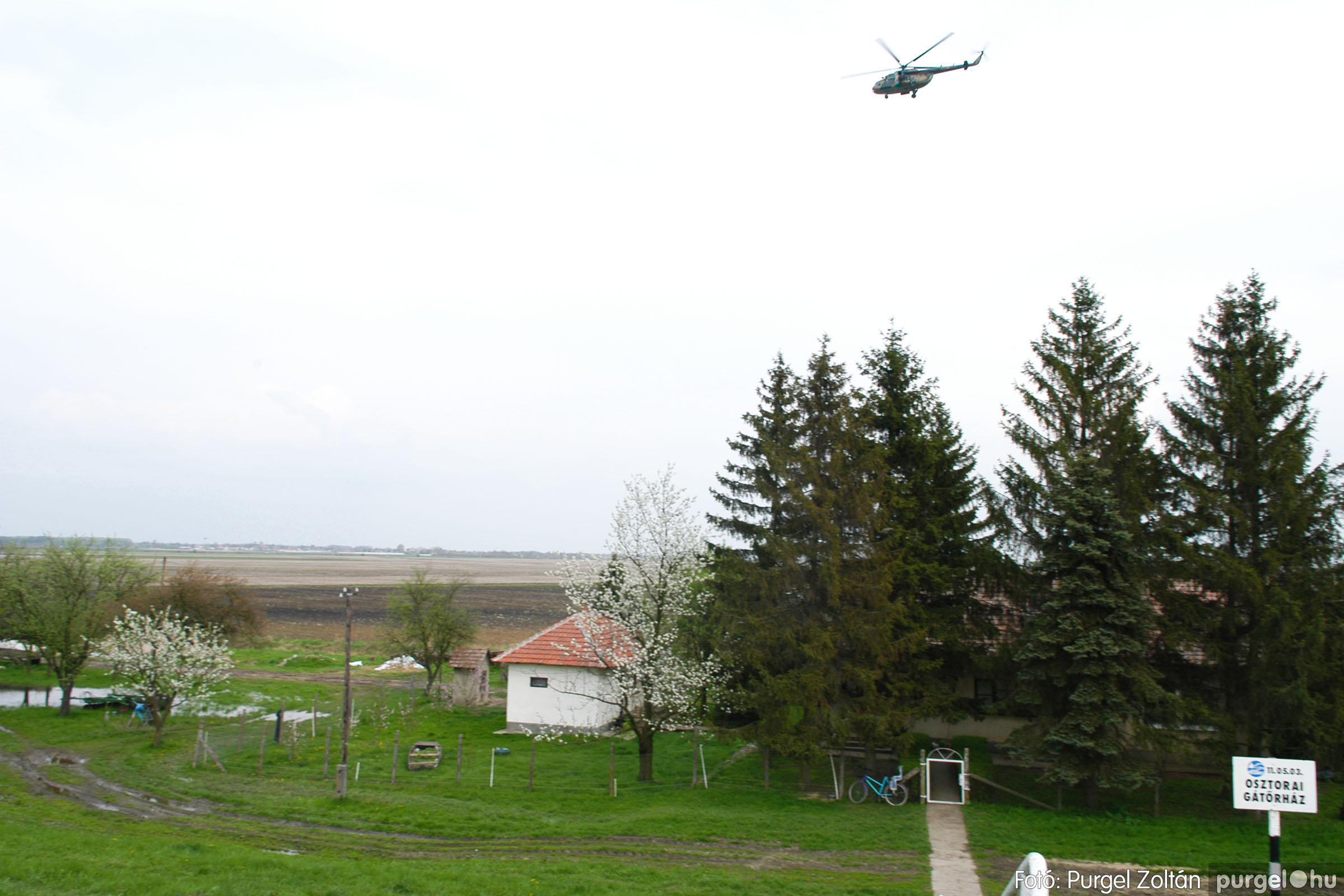 2006.04.19. 009 Tisza áradás - Fotó:PURGEL ZOLTÁN© DSC_0113q.jpg