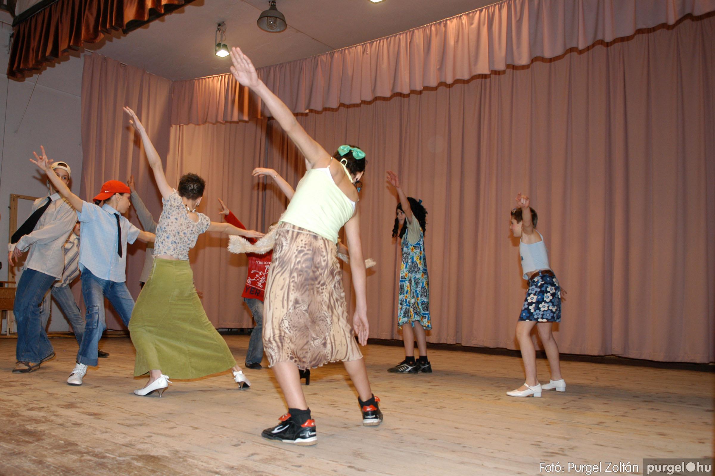 2006.03.16. 083 Forray Máté Általános Iskola ünnepi műsor - Fotó:PURGEL ZOLTÁN© DSC_0166q.jpg