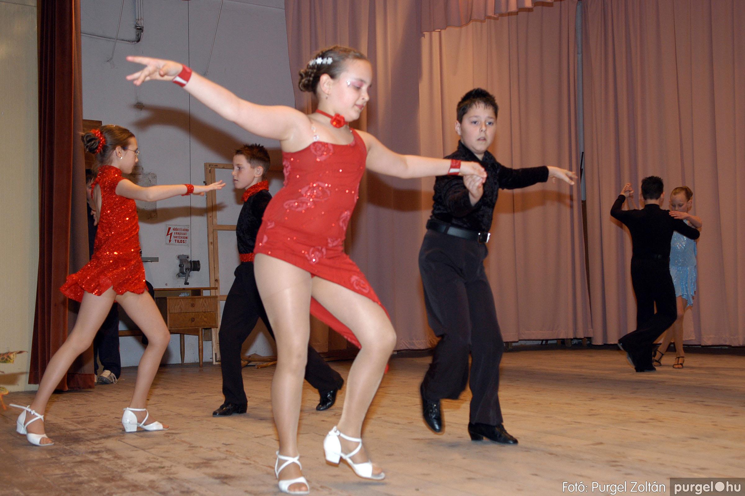 2006.03.16. 023 Forray Máté Általános Iskola ünnepi műsor - Fotó:PURGEL ZOLTÁN© DSC_0098q.jpg