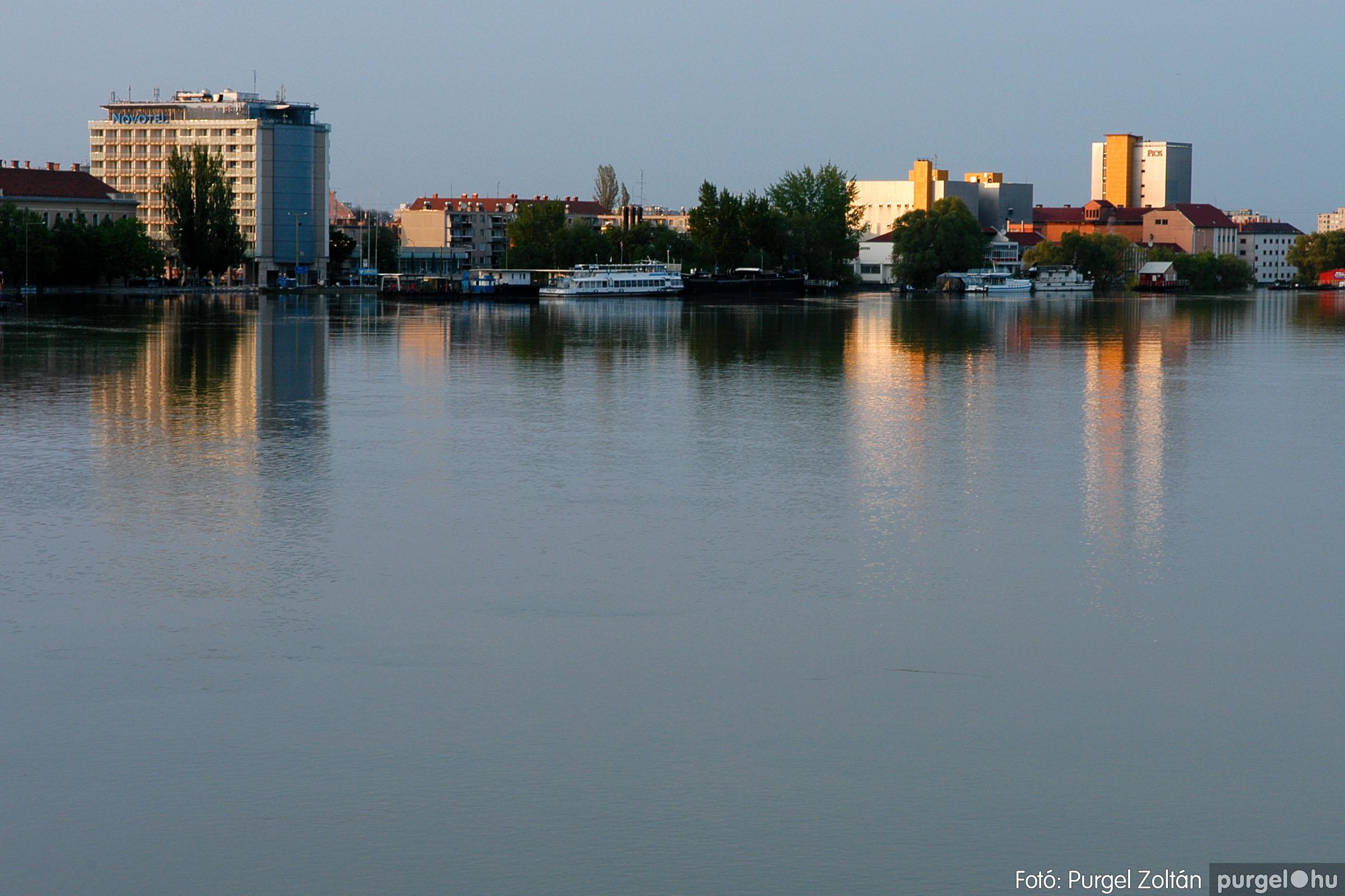 2006.04.26. 017 A Tisza Mártélynál és Szegednél - Fotó:PURGEL ZOLTÁN© DSC_0027q.jpg