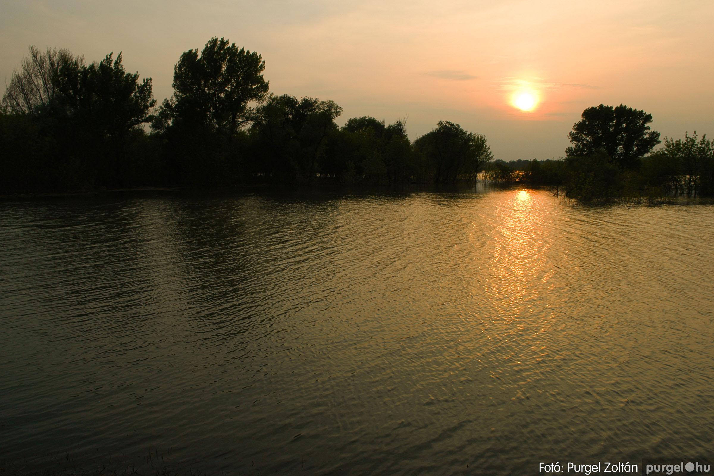 2006.04.29. 002 Tisza áradás - Fotó:PURGEL ZOLTÁN© DSC_0023q.jpg