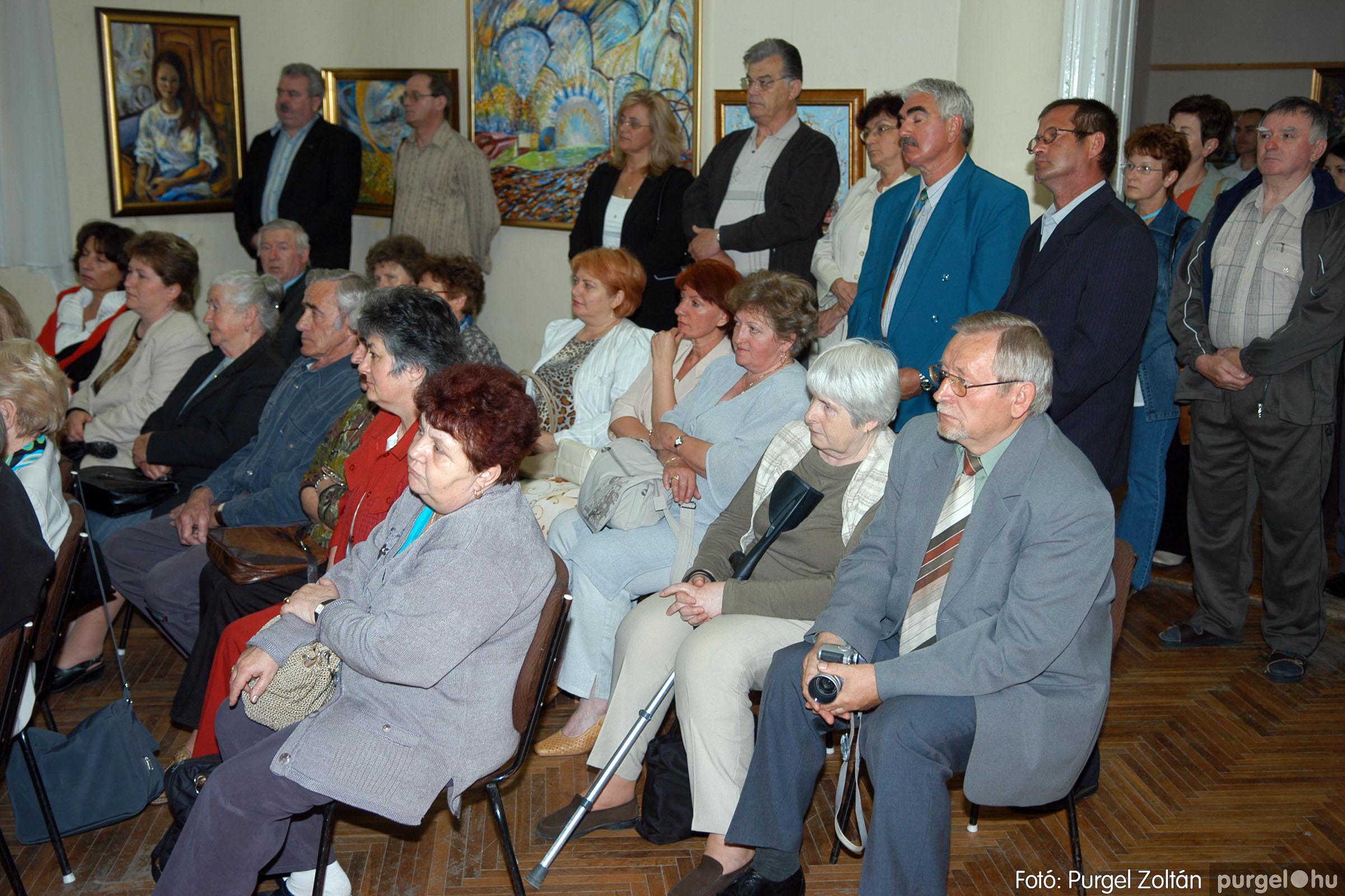 2006.04.30. 015 Virók Csilla festőművész kiállítása - Fotó:PURGEL ZOLTÁN© DSC_0017q.jpg
