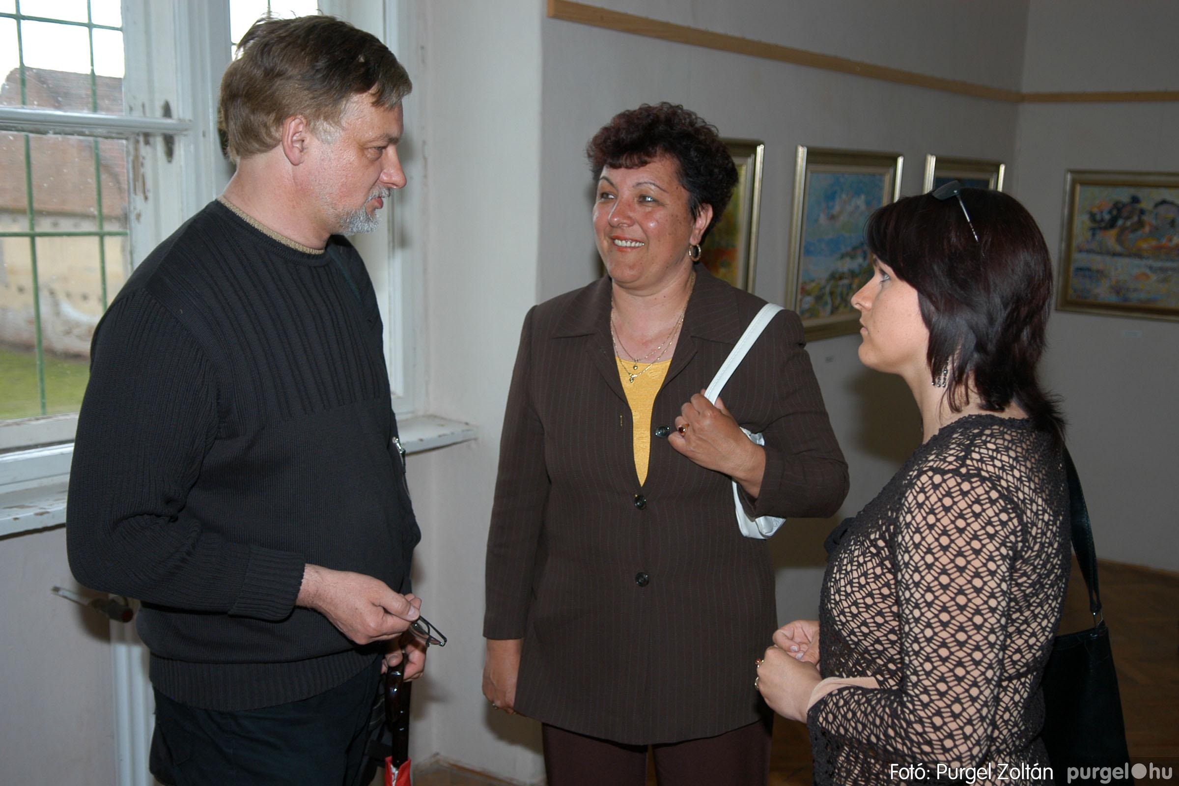 2006.04.30. 038 Virók Csilla festőművész kiállítása - Fotó:PURGEL ZOLTÁN© DSC_0048q.jpg