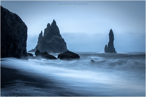 REYNISDRANGAR SEA STACKS (Explored 02.08.19)