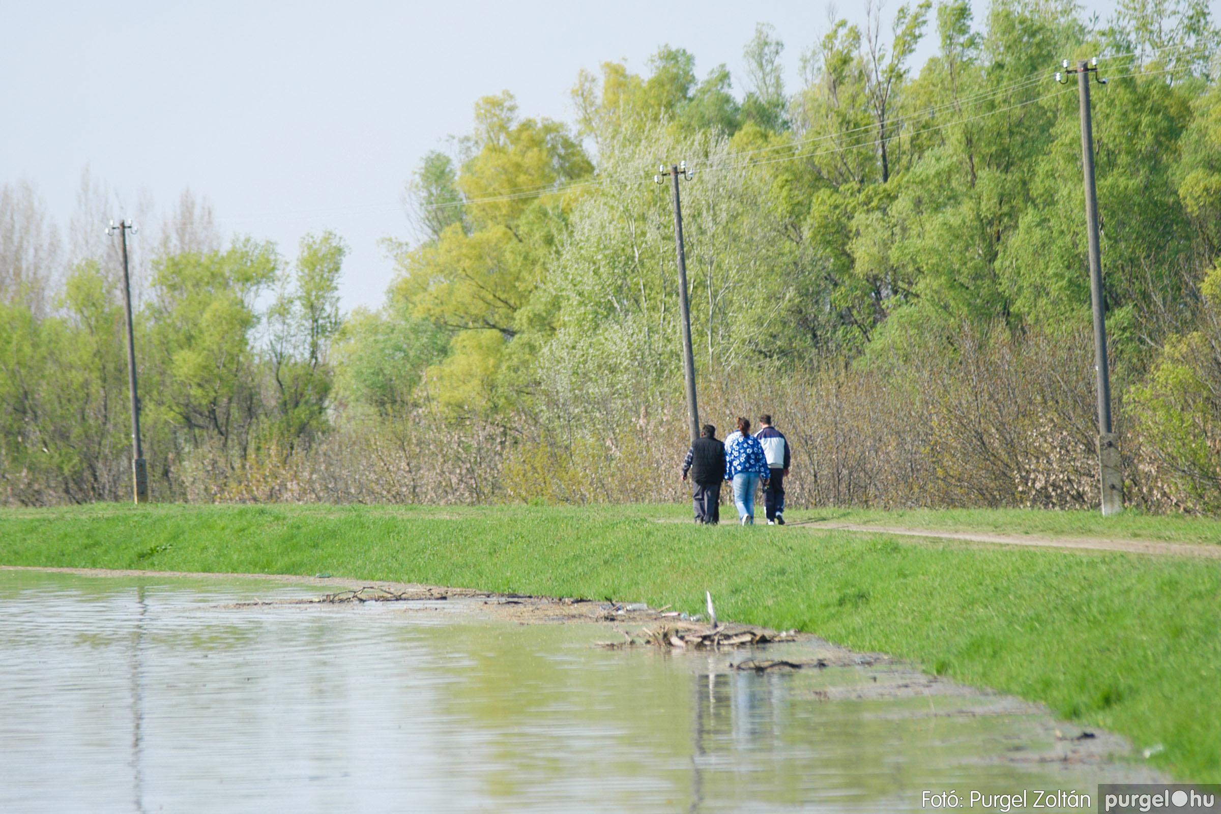 2006.04.17. 019 Tisza áradás - Fotó:PURGEL ZOLTÁN© DSC_0038q.jpg